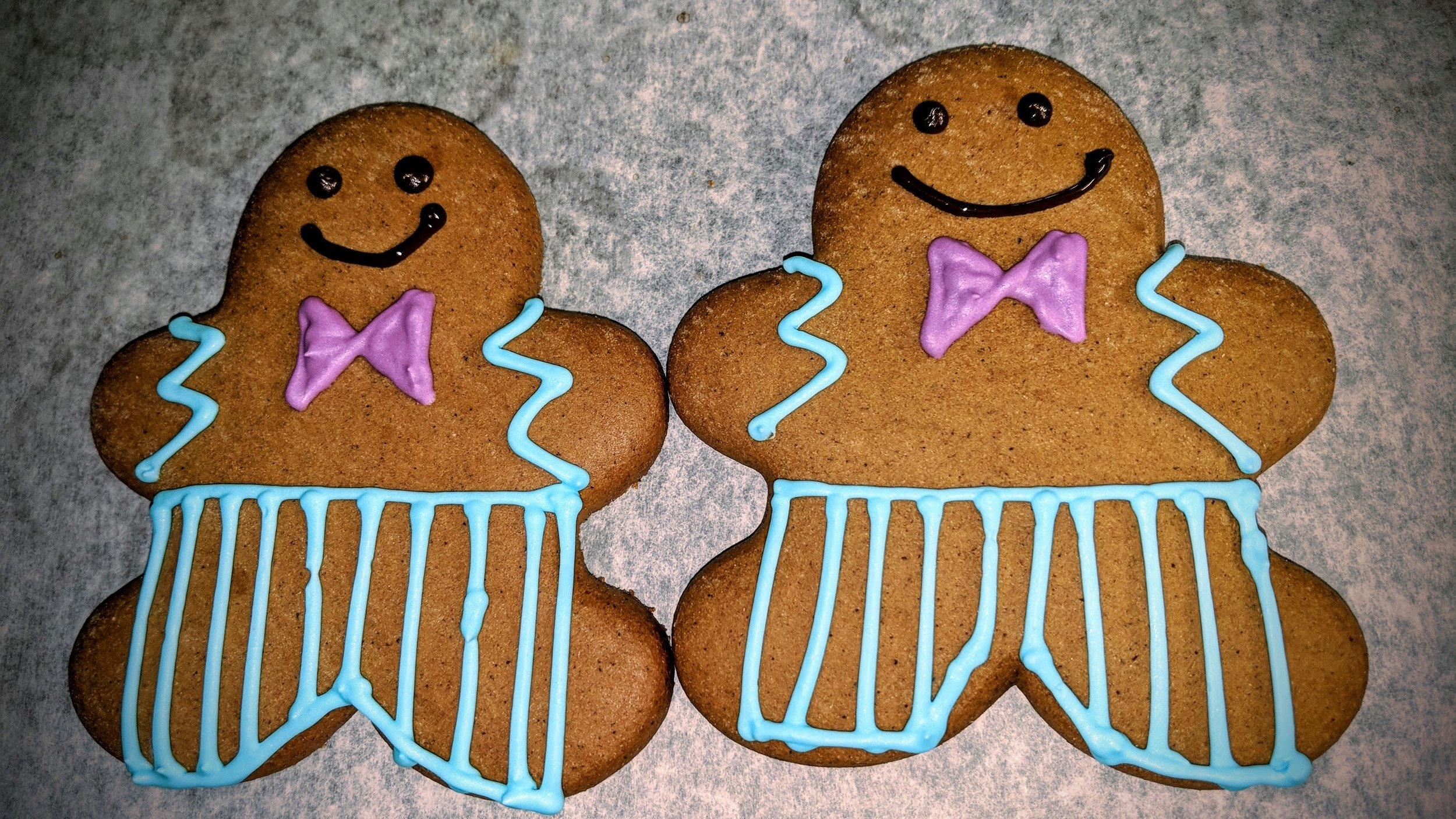 Gingerbread Guys.jpg