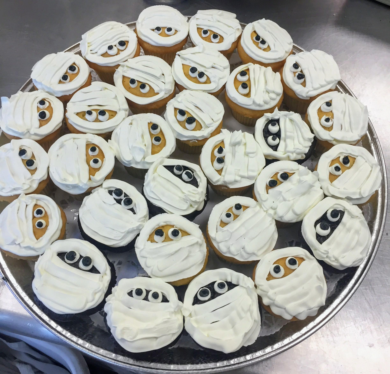 Mummy Cupcakes.jpg