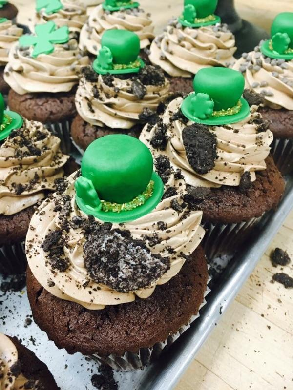 St. Patty's Day Cupcakes.jpg
