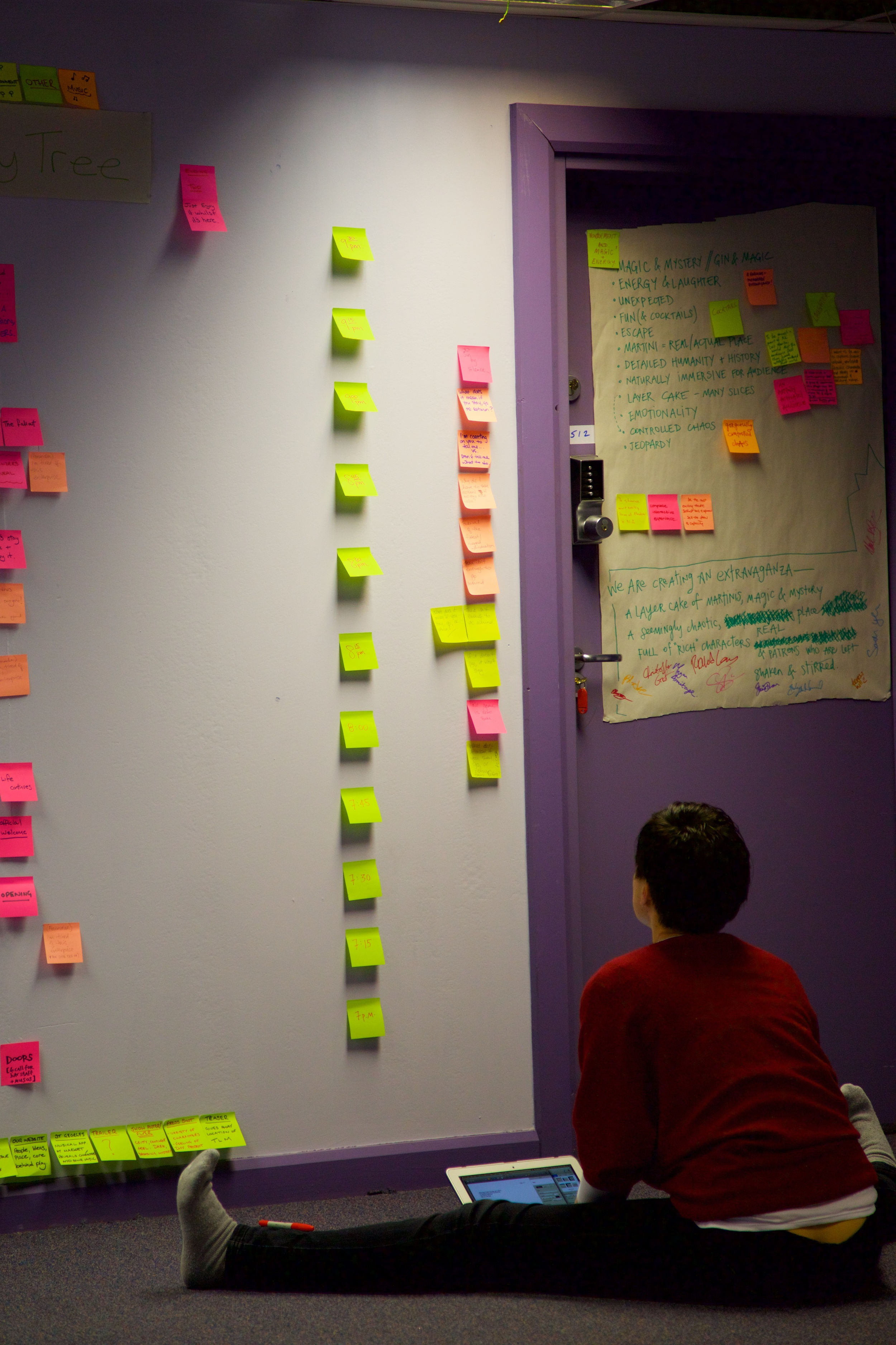 Shannon Yeeinfrontof the Post-It Walls