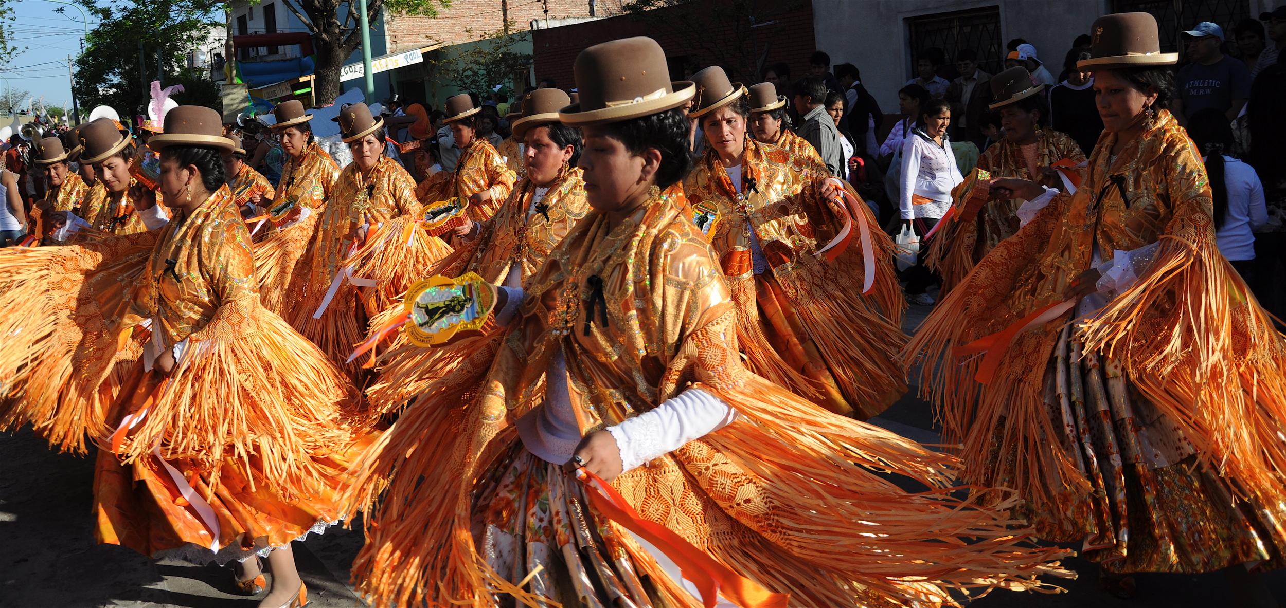 Bolivian Female Dancers