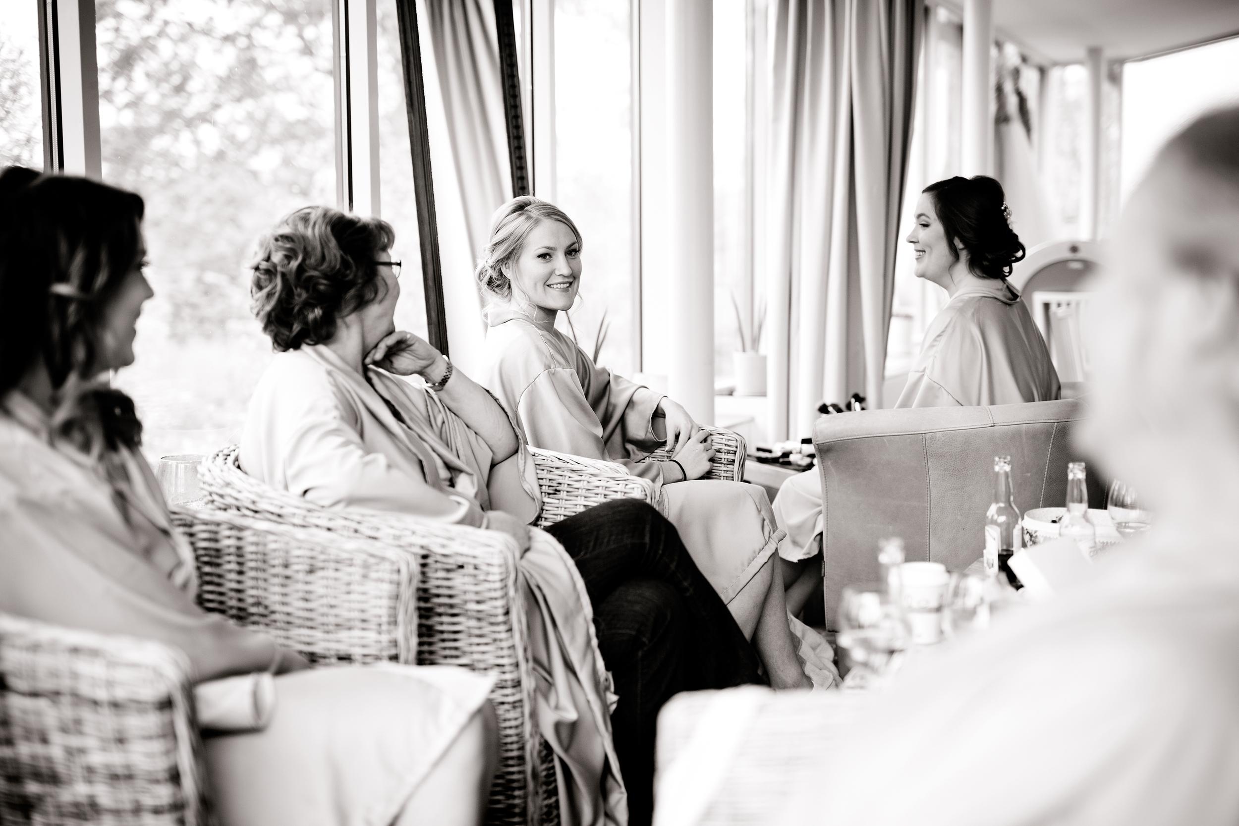 Bröllopsfotograf-turinge-vidbynäs-gård2.jpg