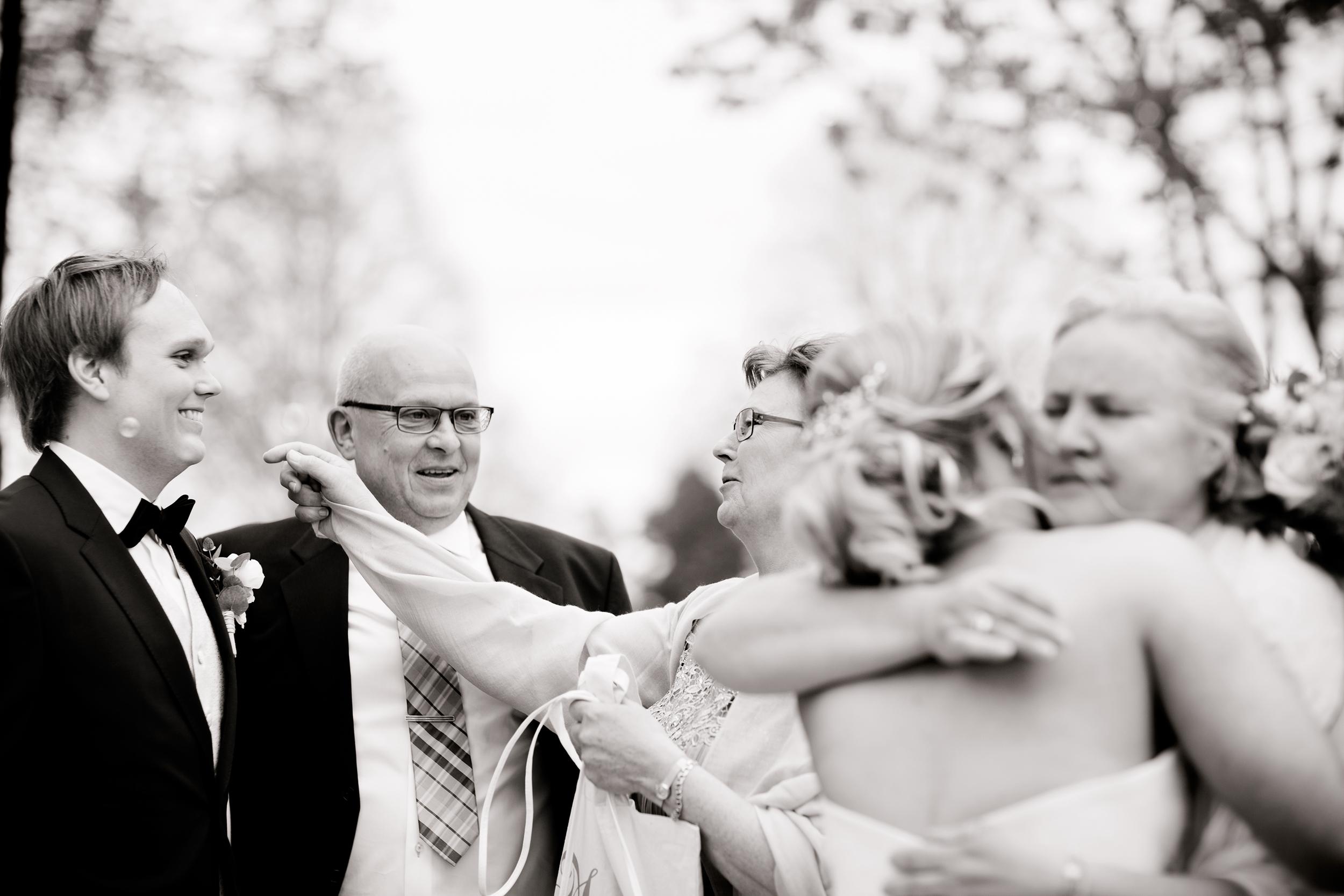 Bröllopsfotograf-turinge-vidbynäs-gård18.jpg