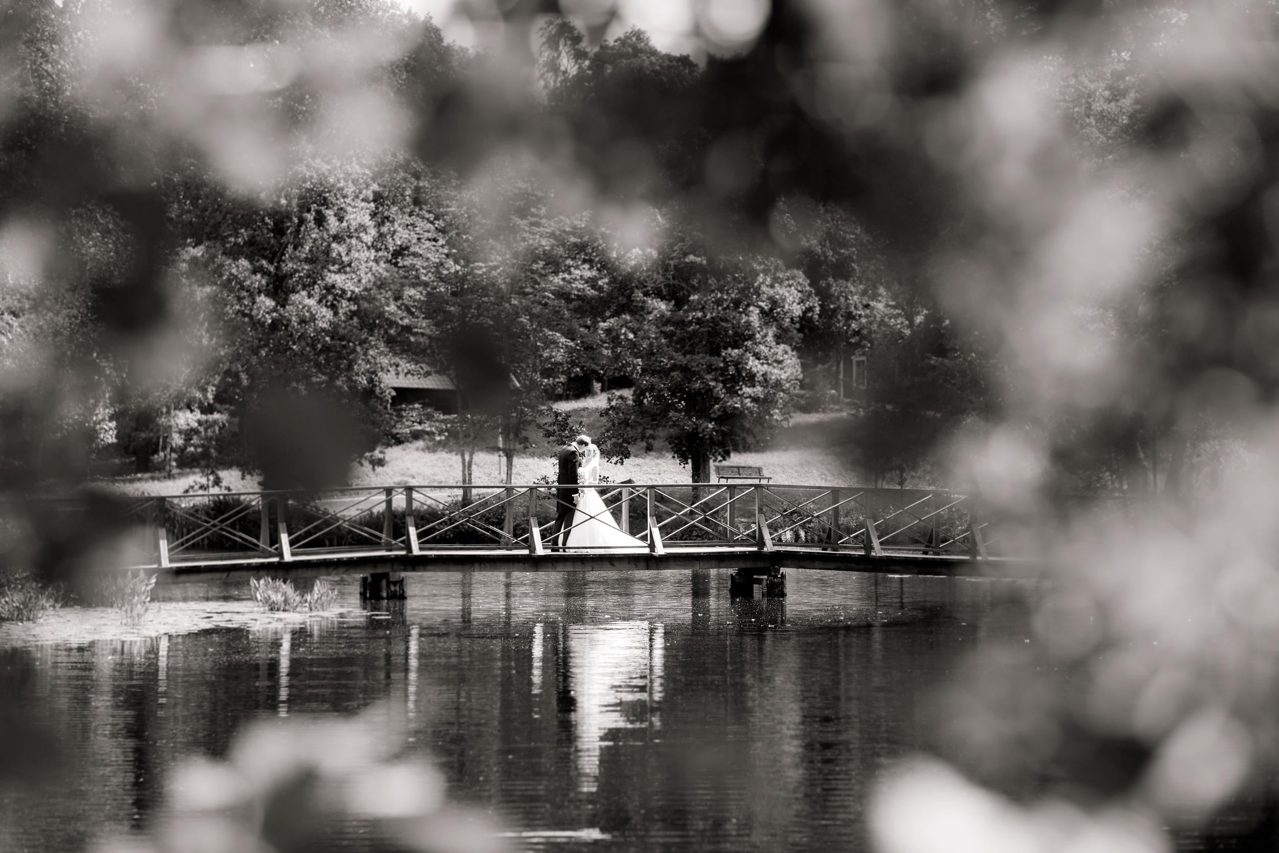 bröllopsfotograf-högbo-bruk-sandviken-linda-broström-10.jpg
