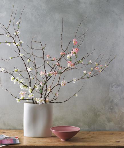 Tom Borgese_How To Arrange Spring Flower 4