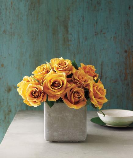 Tom Borgese_How To Arrange Spring Flowers 6