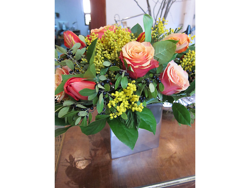 Tom Borgese_arrangements_Roses and Minosa.jpg
