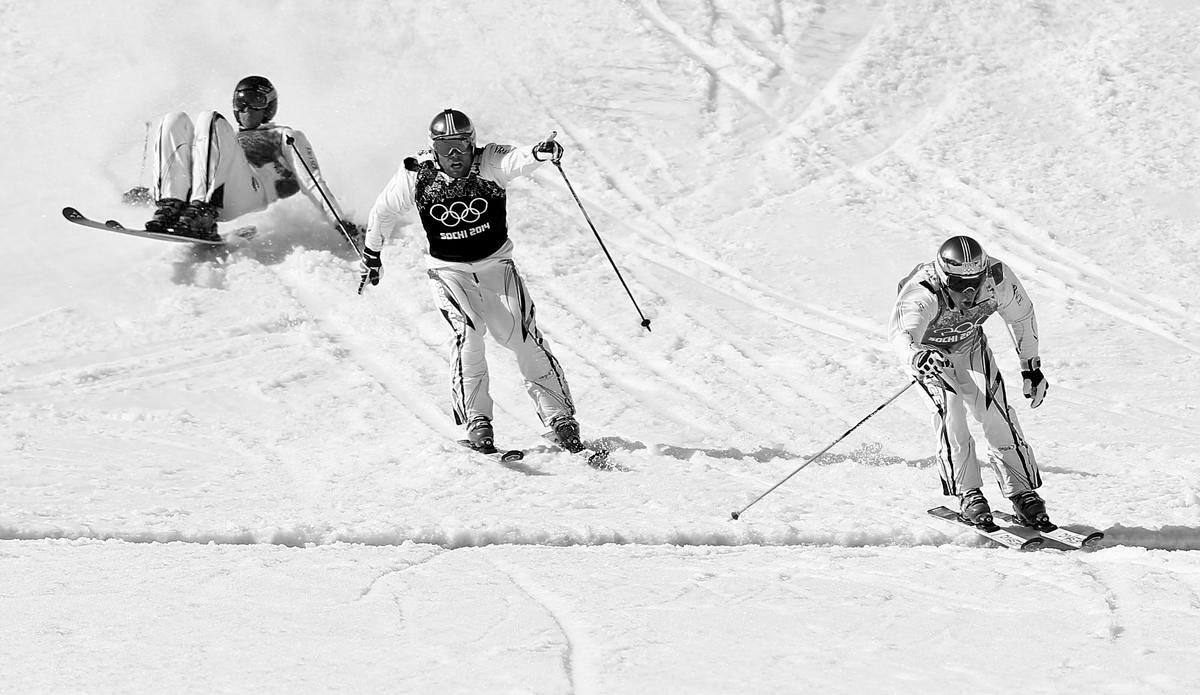 ski+cross+finish