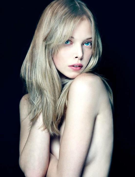 vancouver blonde bangs.jpg