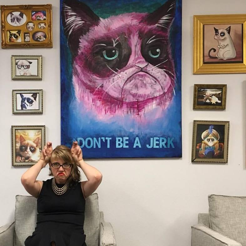 This is me, hanging out with Grumpy Cat at  Bitwise South Stadium , hiding inside while everyone else was drinking chilled champagne and listening to live music outside, all because I didn't have an appropriate wrap.