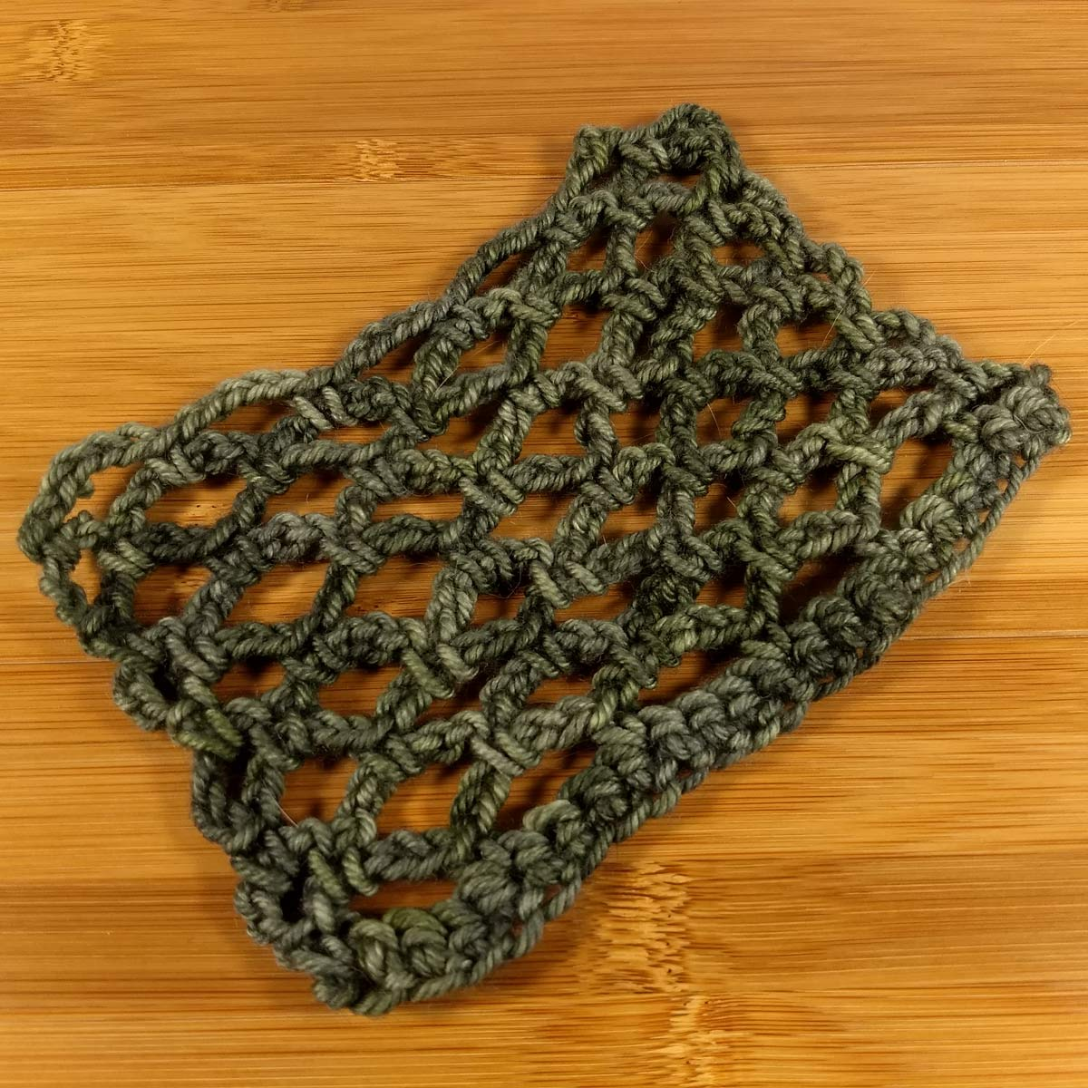 Net crochet stitch pattern in For Better or Worsted.
