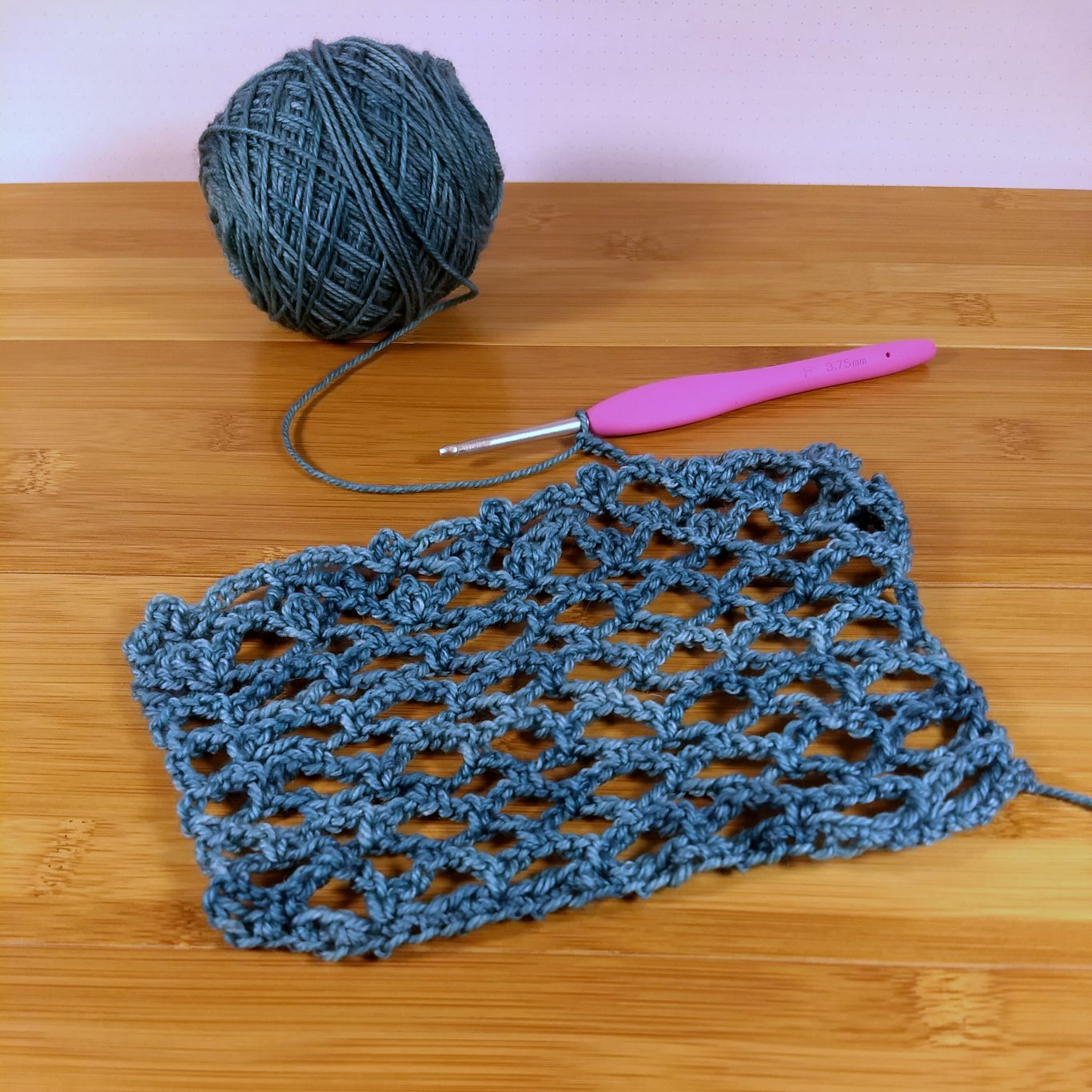 Squishy crocheted swatch for VLSI by Penny Shima Glanz