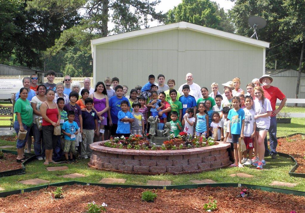 2013 Backyard Bible Club Group.jpg