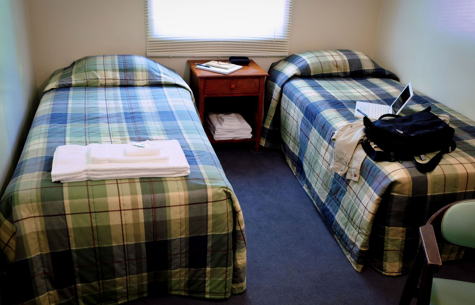 plaza-guest-room.jpg