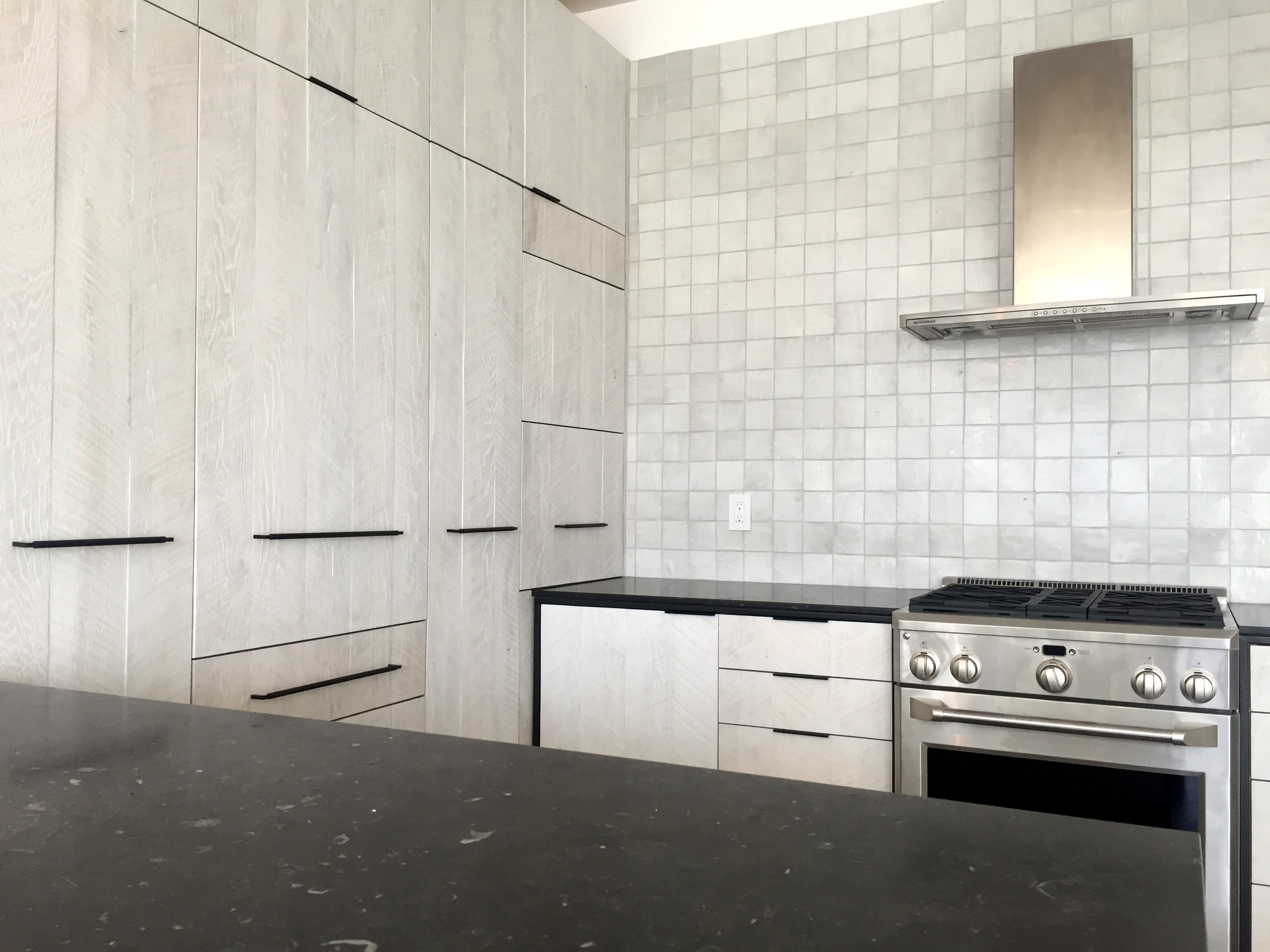 DI Arch Hampton kitchen 1.jpg