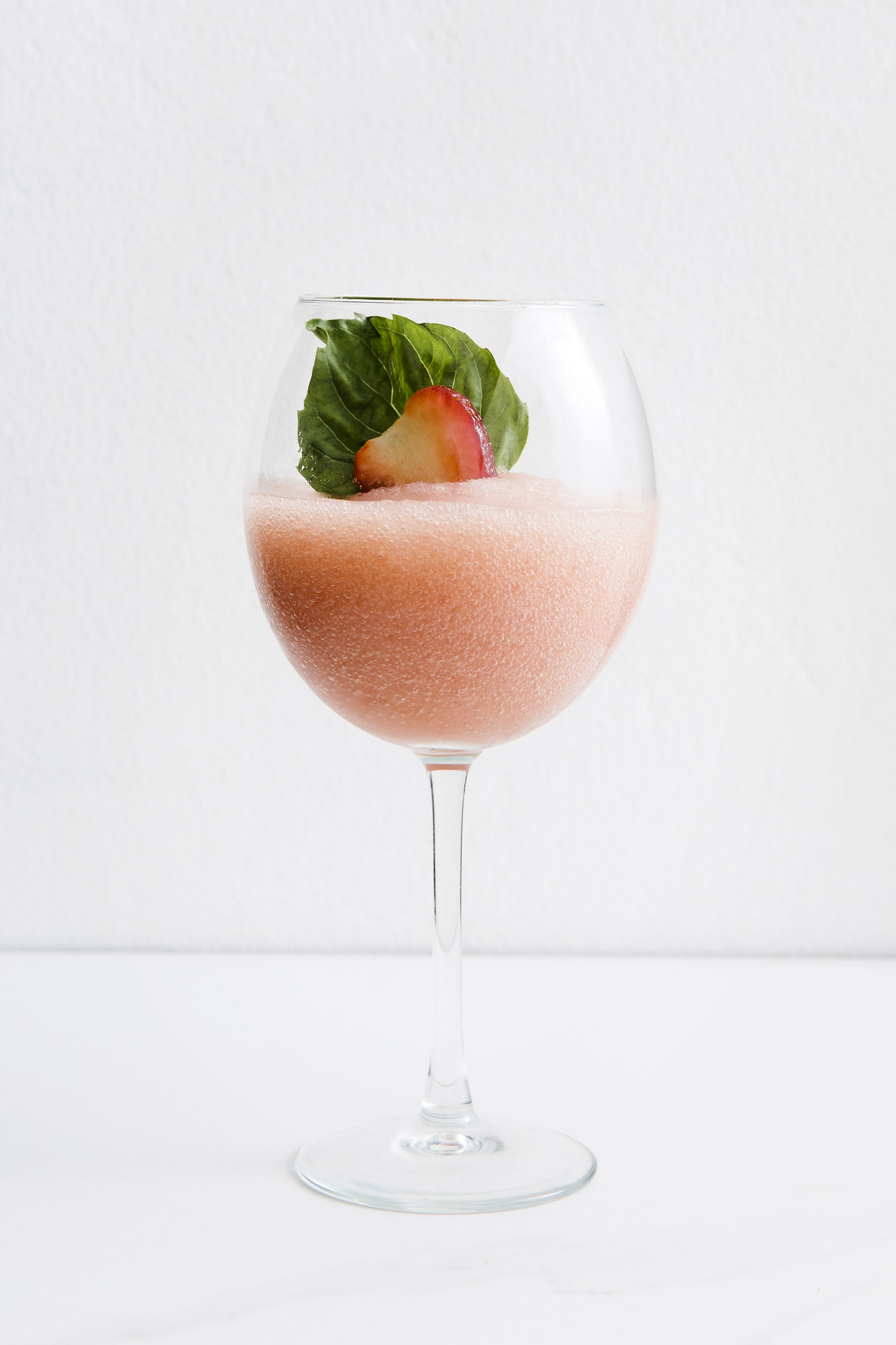 FROSE´   2 oz Rose  1 oz Chareau  3/4 oz Lime juice  1/2 oz Simple Syrup  2-3 Strawberries    Add all ingredients to blender with 1 cup of Ice. Blend and serve with Fresh strawberry garnish.