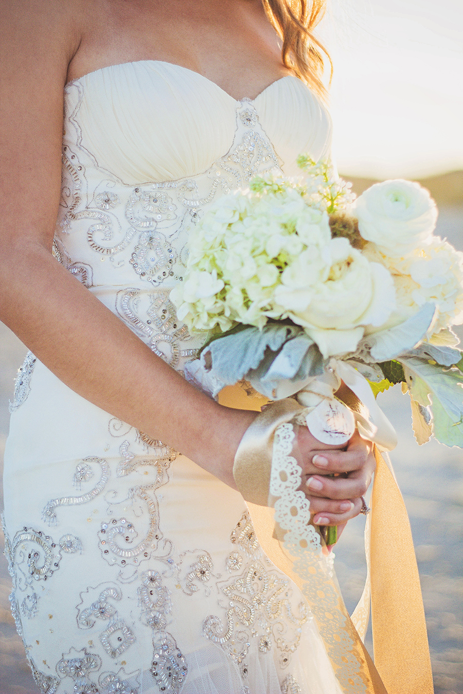 White Bouquet with lace | Beach Wedding