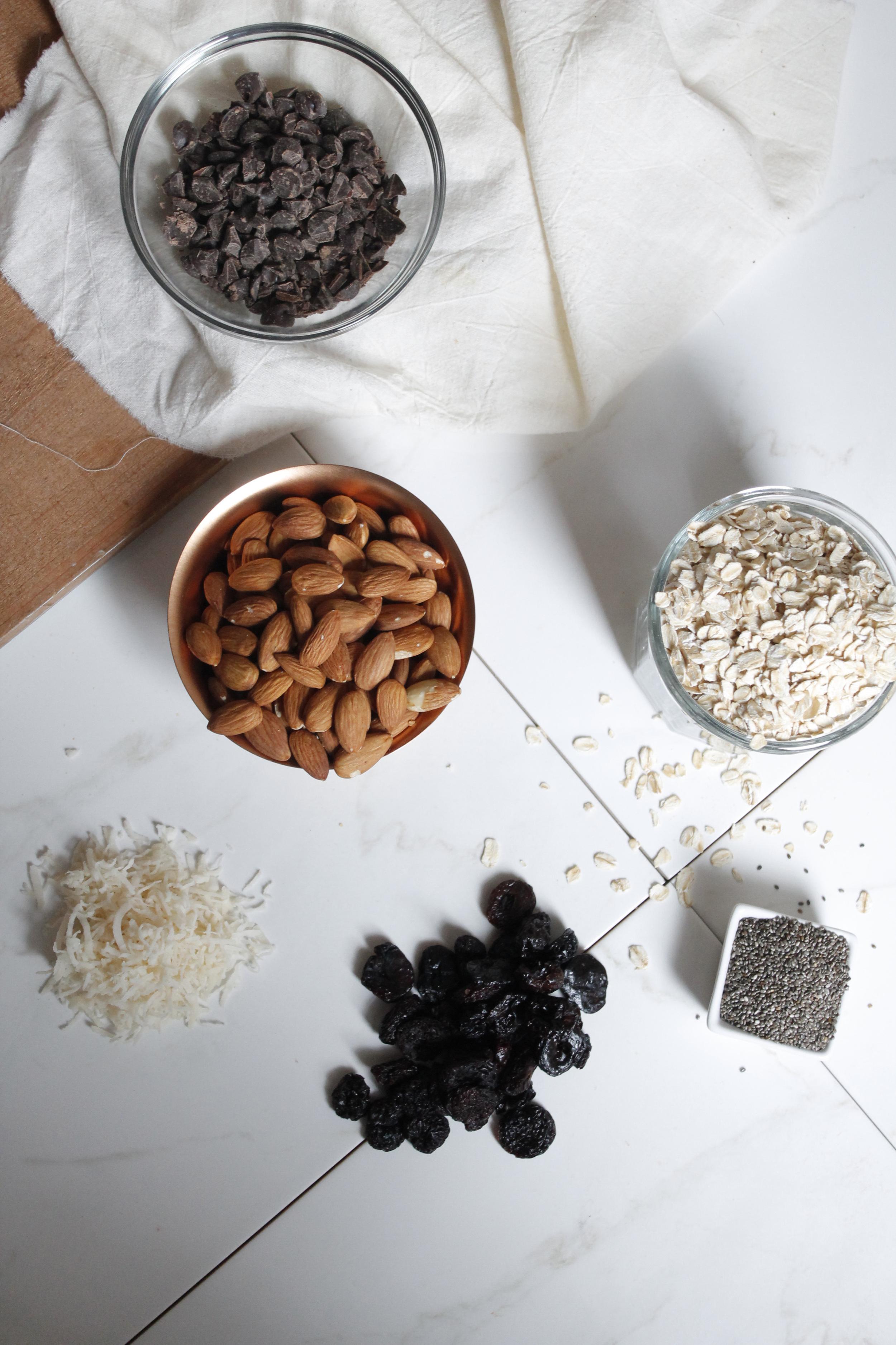 Dark Chocolate Cherry Almond Granola Bars {Pedantic Foodie}
