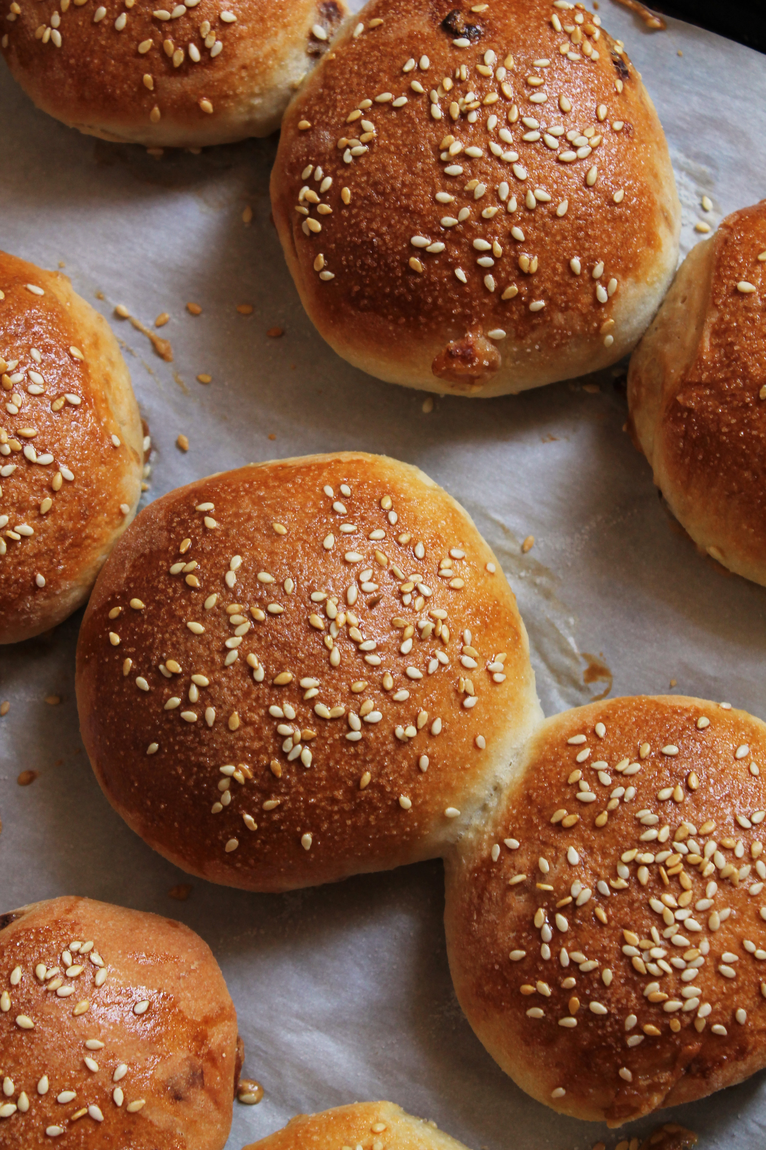 Caramelized Onion Hamburger Buns {Pedantic Foodie}