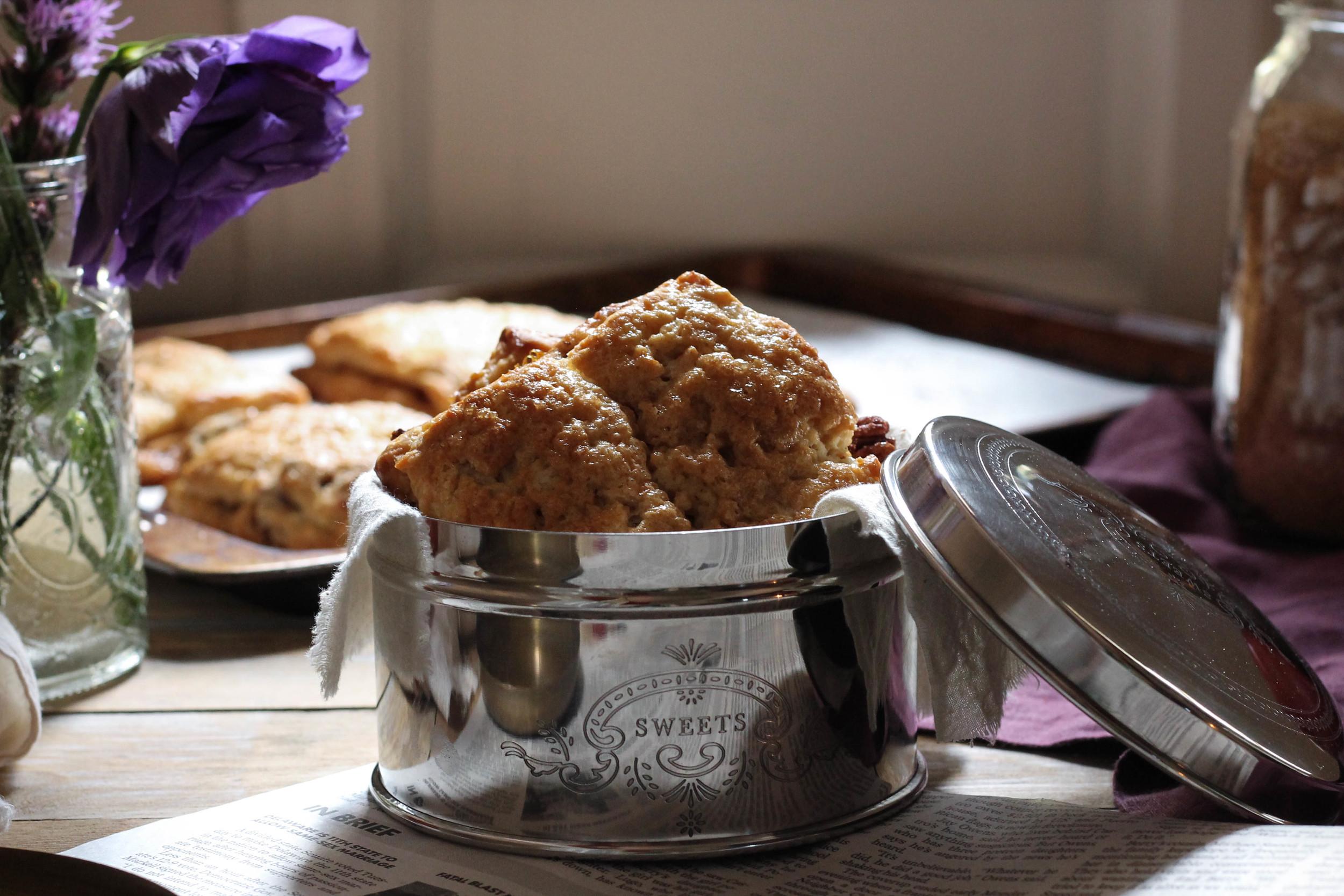 Apple Pie Scones {Pedantic Foodie}