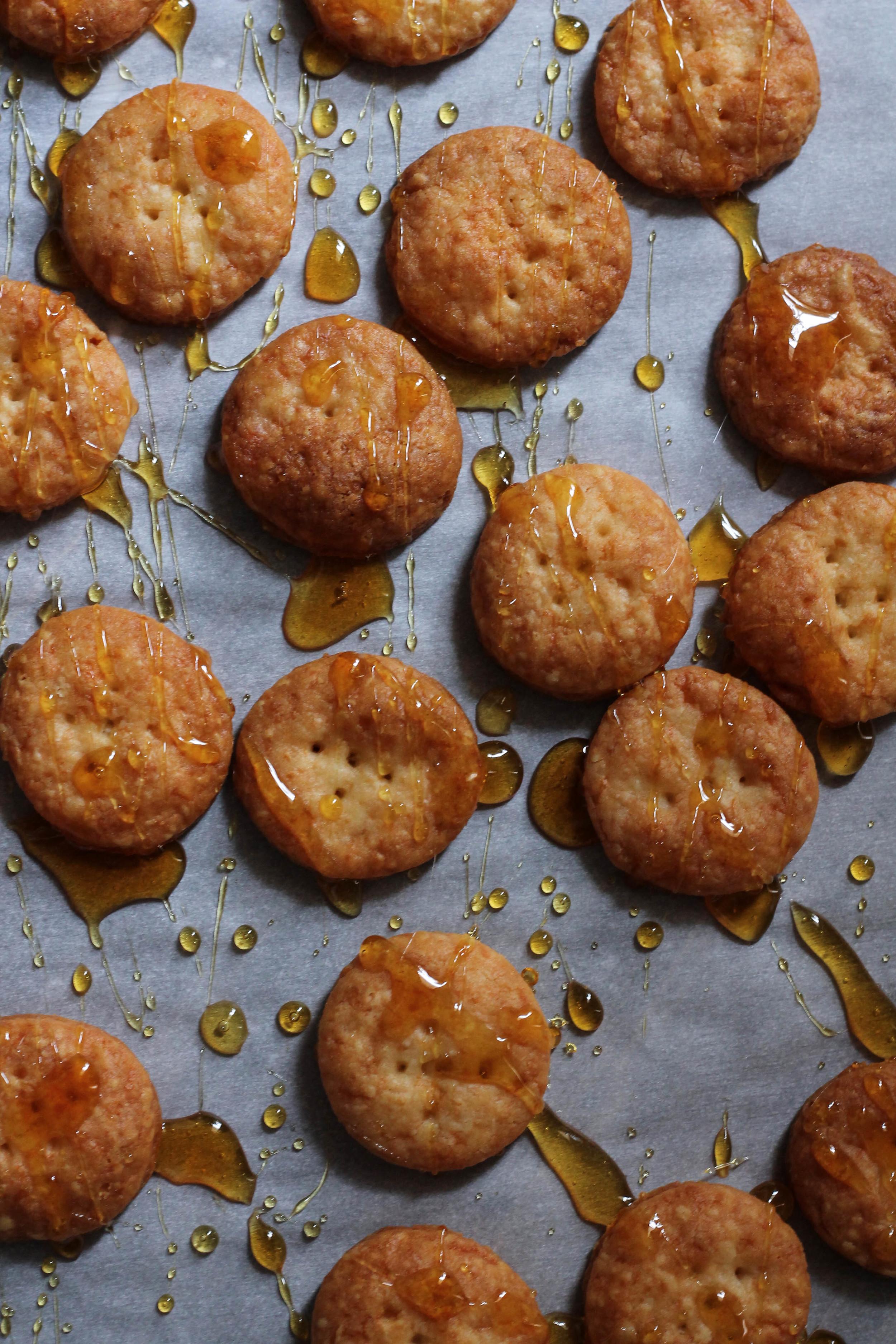 White Cheddar & Burnt Sugar Crackers {Pedantic Foodie}