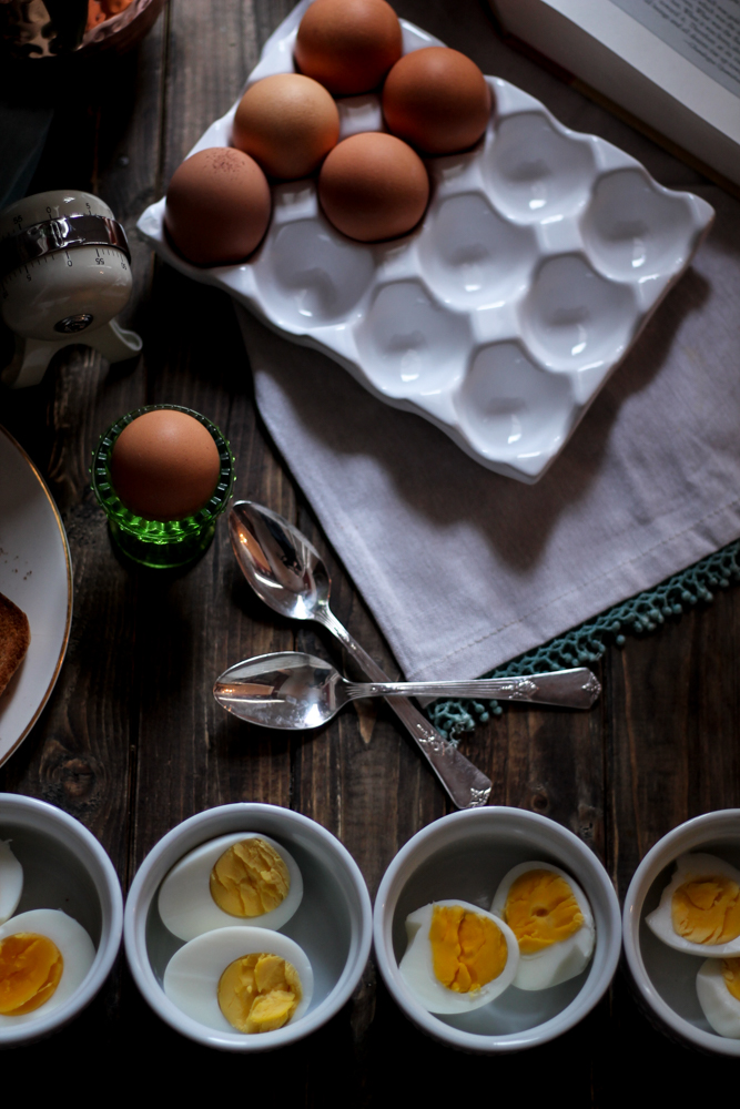 How to Boil Eggs {Pedantic Foodie}