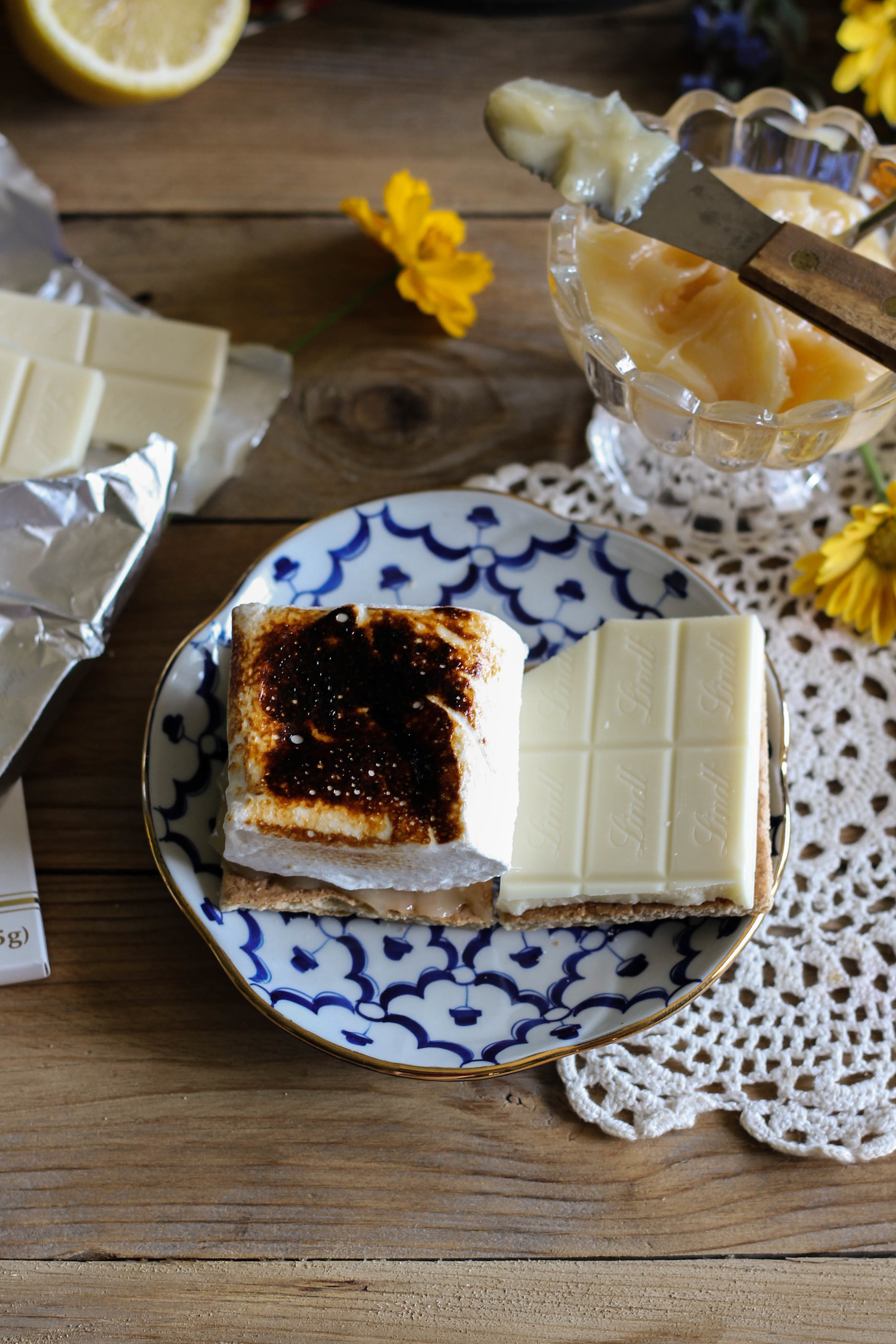 Lemon Meringue S'mores {Pedantic Foodie}