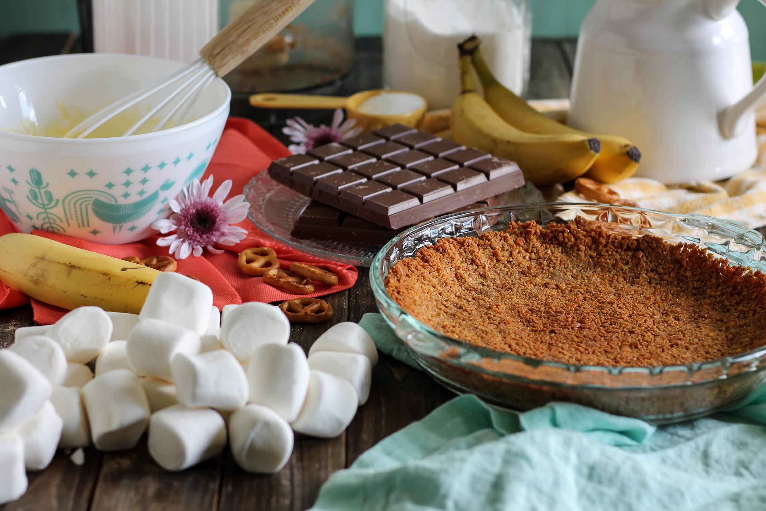 Banana Cream S'more Pie {Pedantic Foodie}