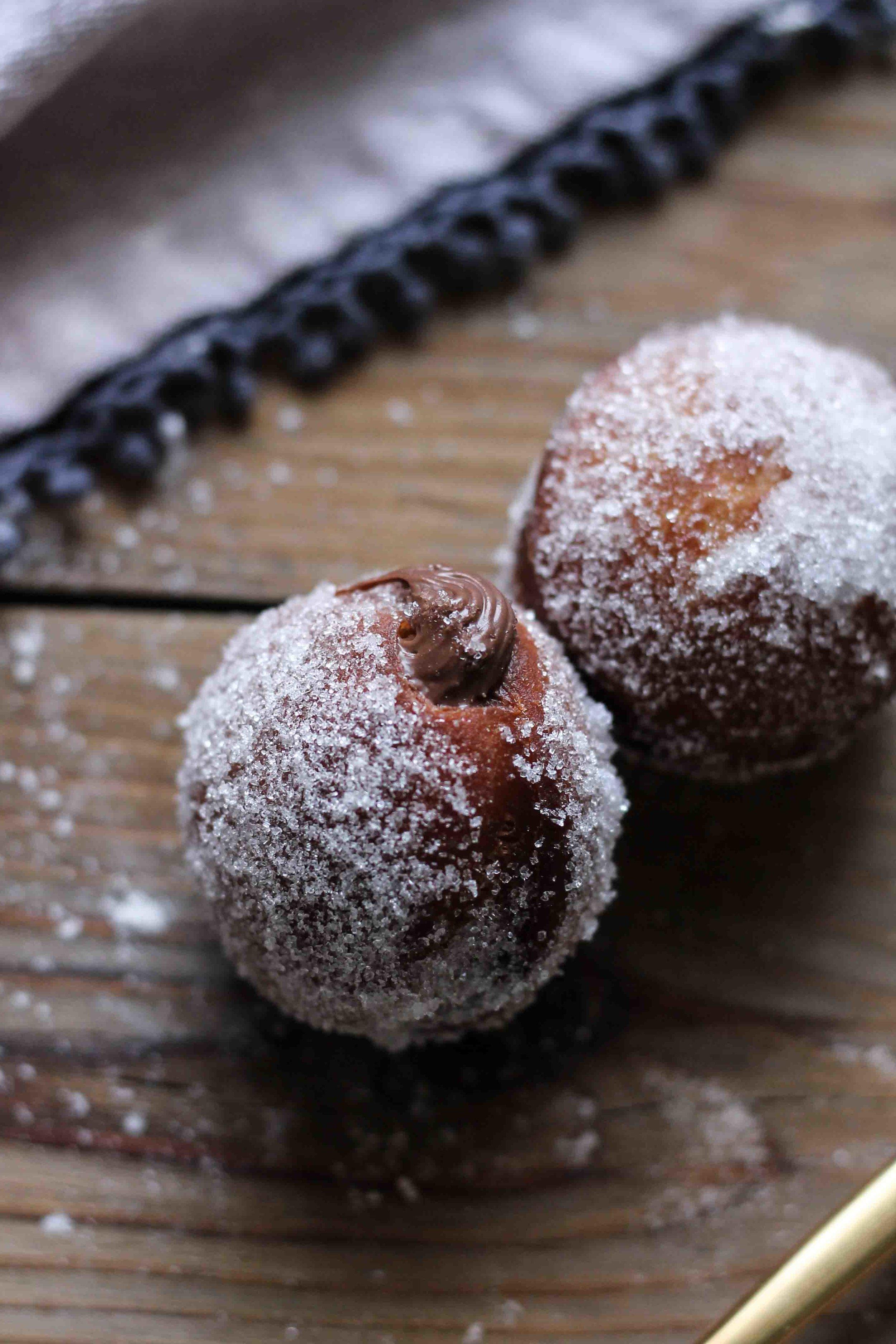 Nutella-Stuffed Donut Holes with Vanilla Sugar {Pedantic Foodie}