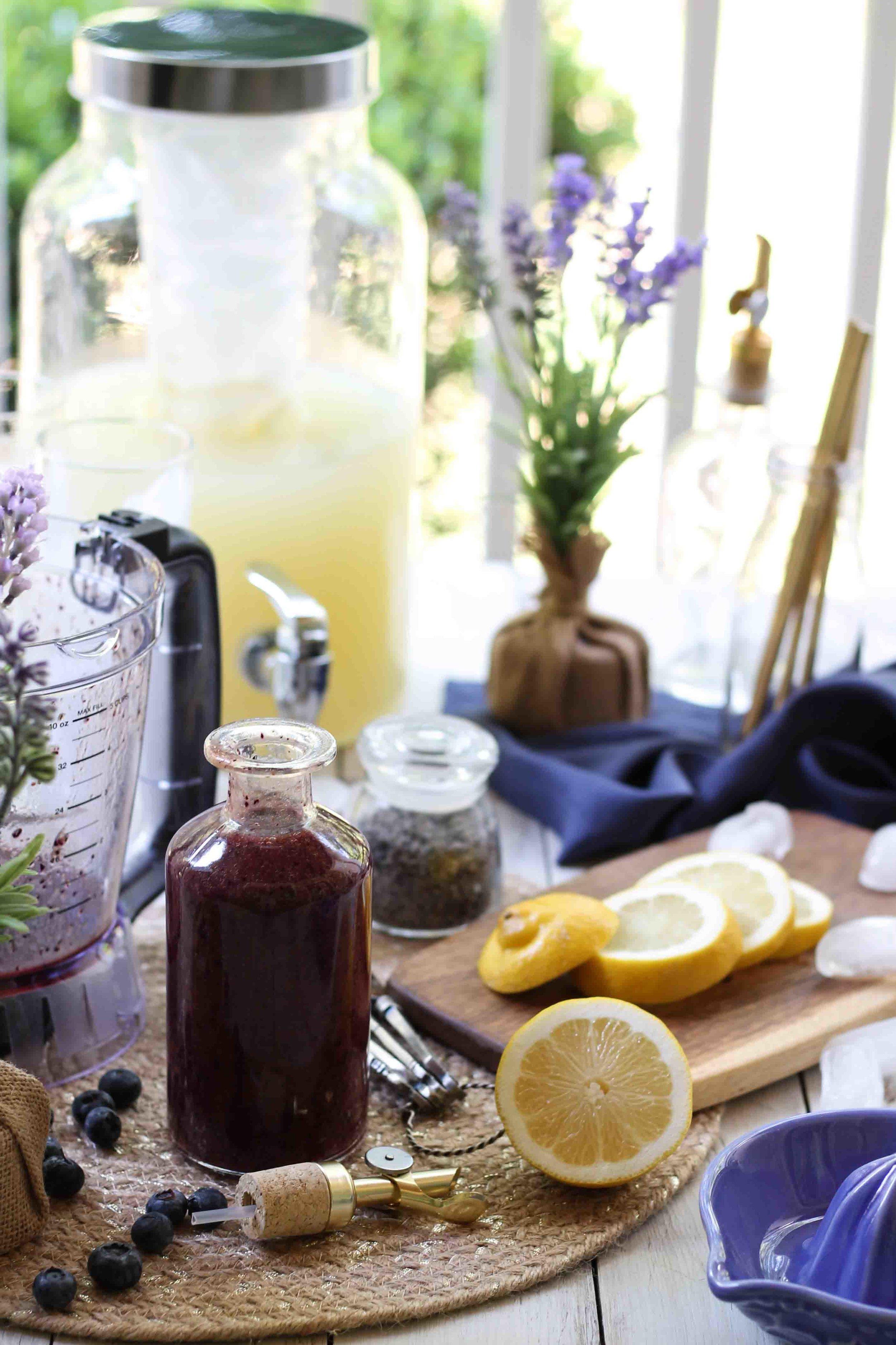 Blueberry Lavender Lemonade {Pedantic Foodie}