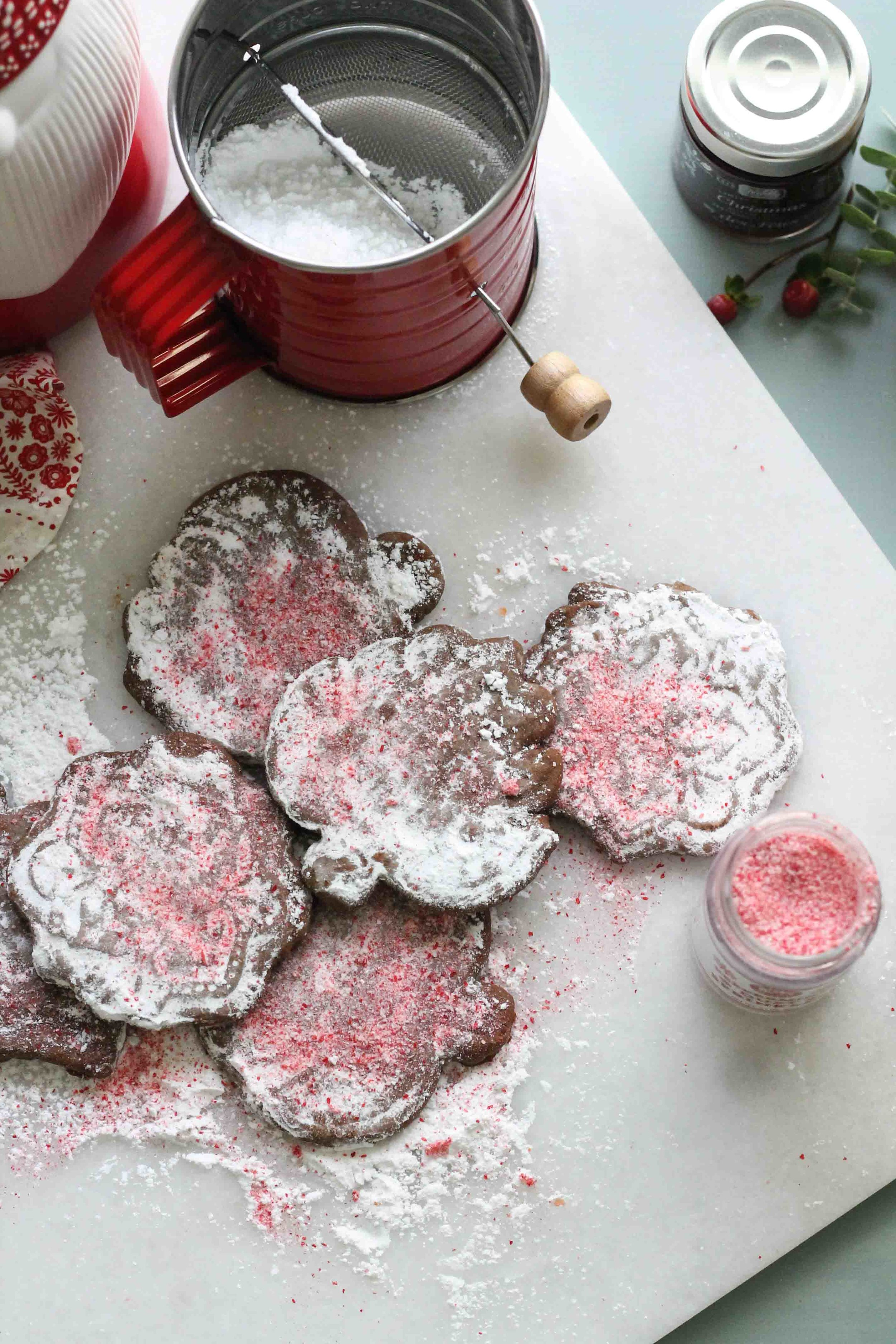 Two delicious holiday cookie recipes from one simple dough! {Pedantic Foodie}