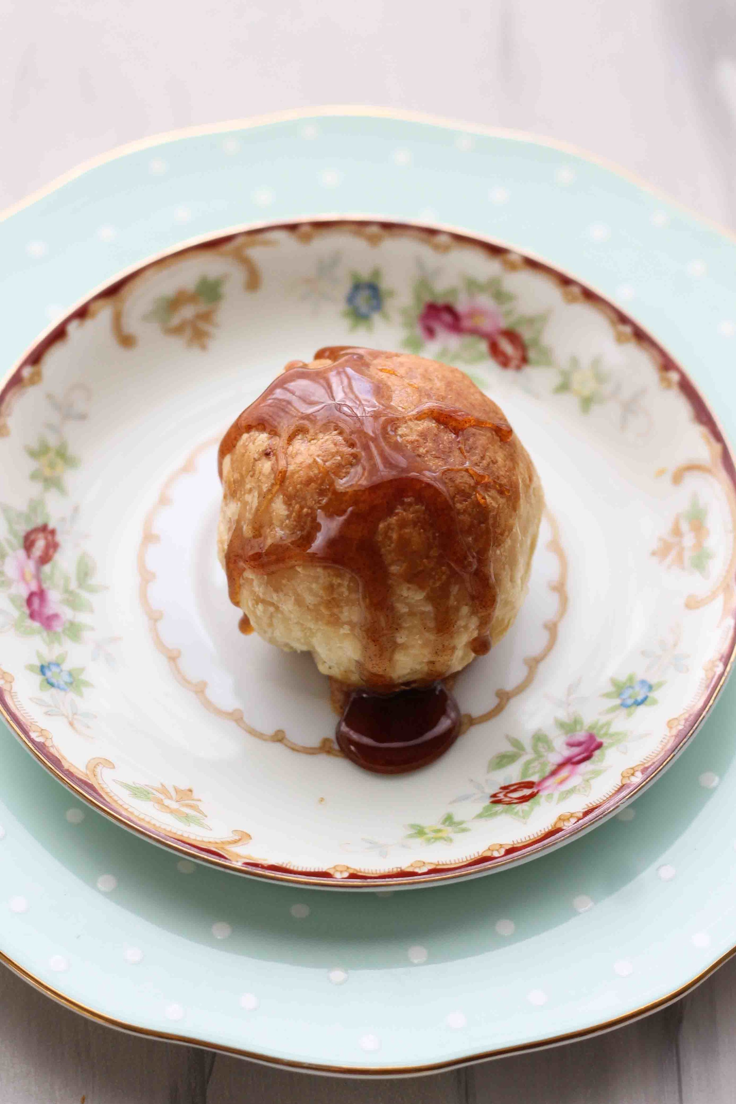 Miniature Almond Brie en Croute with Spiced Honey [ www.pedanticfoodie.com ]