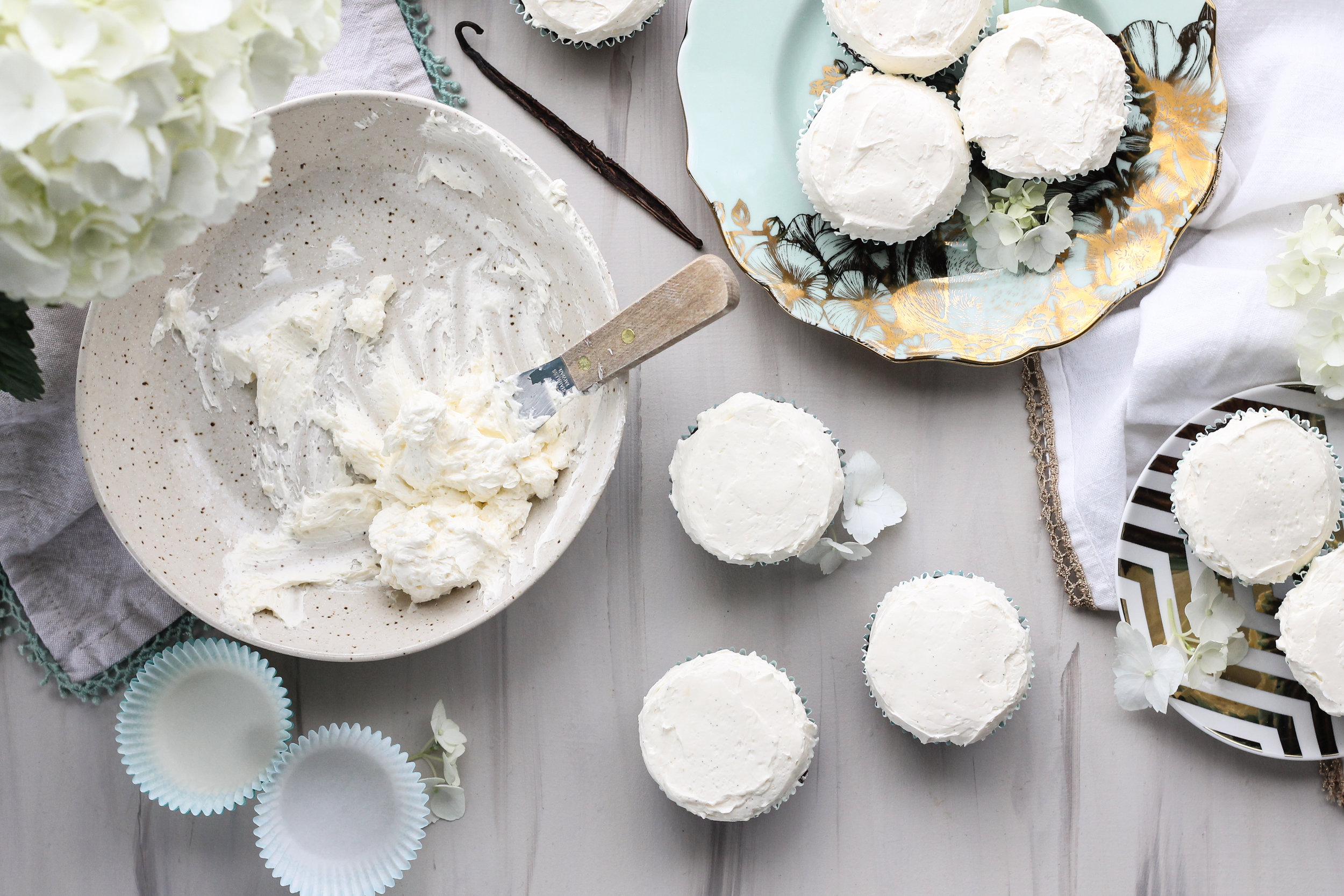 How to make a classic swiss meringue buttercream. [ www.pedanticfoodie.com ]