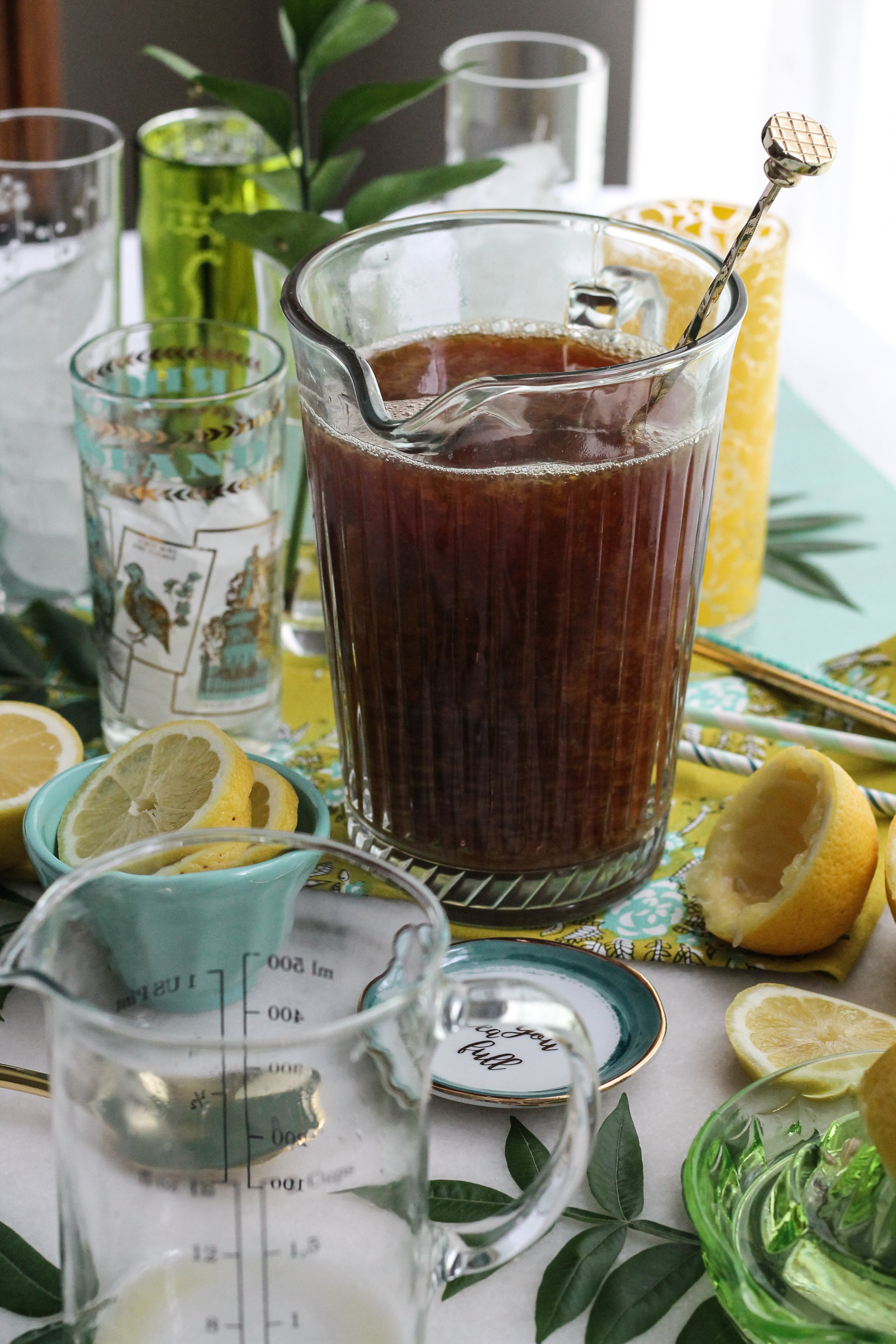 These Pineapple Arnold Palmers are the perfect way to beat the heat! [ www.pedanticfoodie.com ]