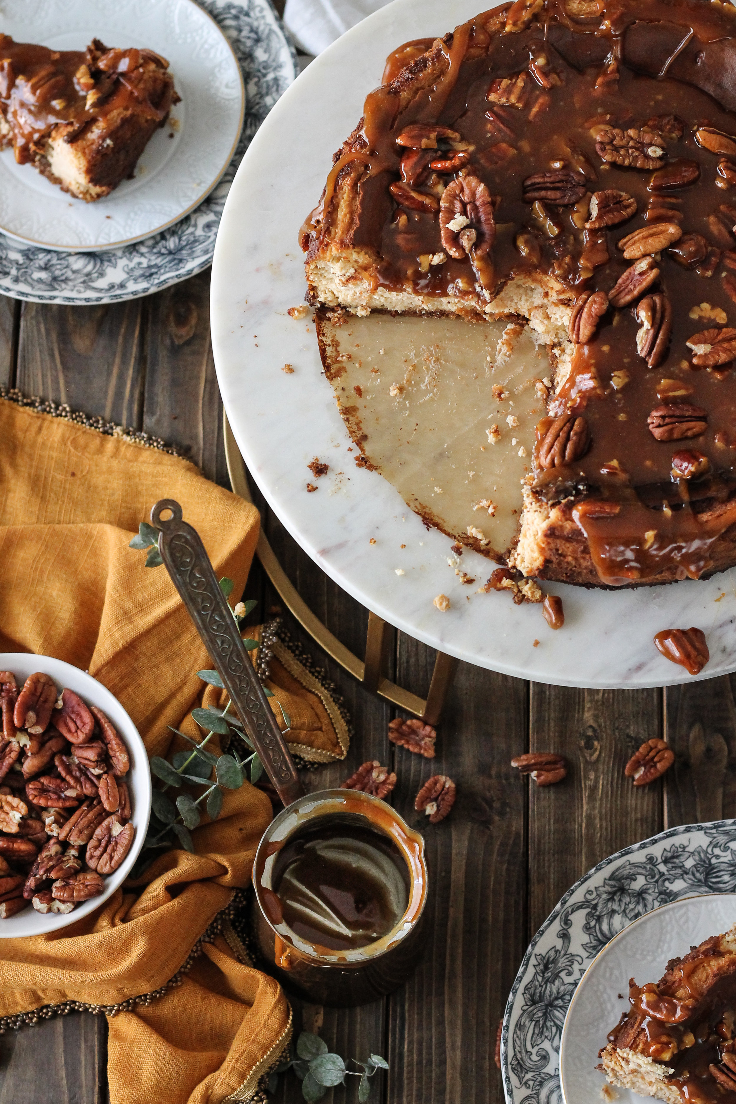 Scoot over pumpkin pie, this Maple Cinnamon Cheesecake with Pecan Caramel is the ultimate fall dessert! [ www.pedanticfoodie.com ]