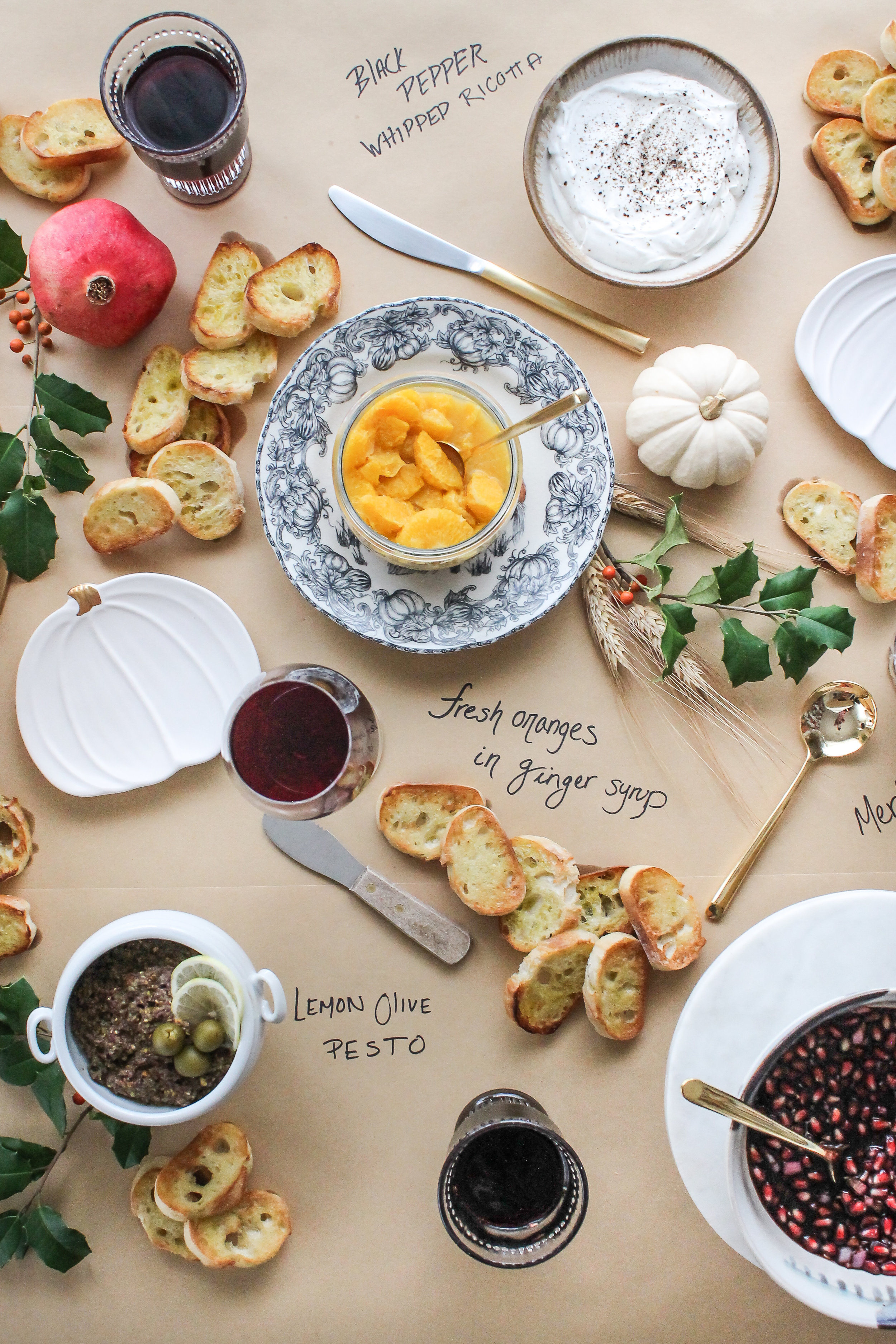 this super simple Thanksgiving Crostini Bar is sure to make the holidays extra special! [ www.pedanticfoodie.com ]