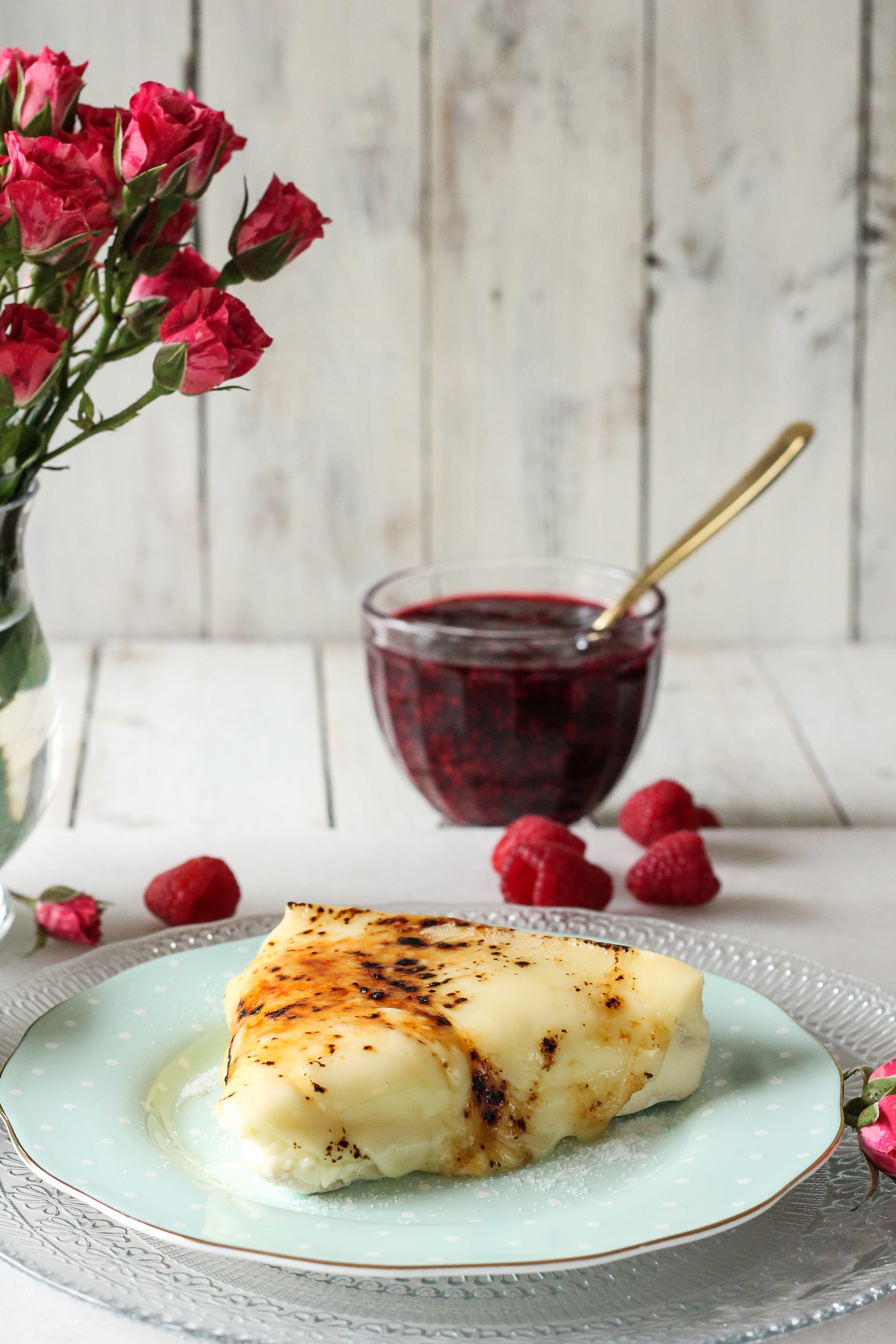 Easy and show-stopping Brûléed Brie served with Black Pepper Raspberry Jam makes the perfect appetizer for when you want to impress!! [ WWW.PEDANTICFOODIE.COM ]