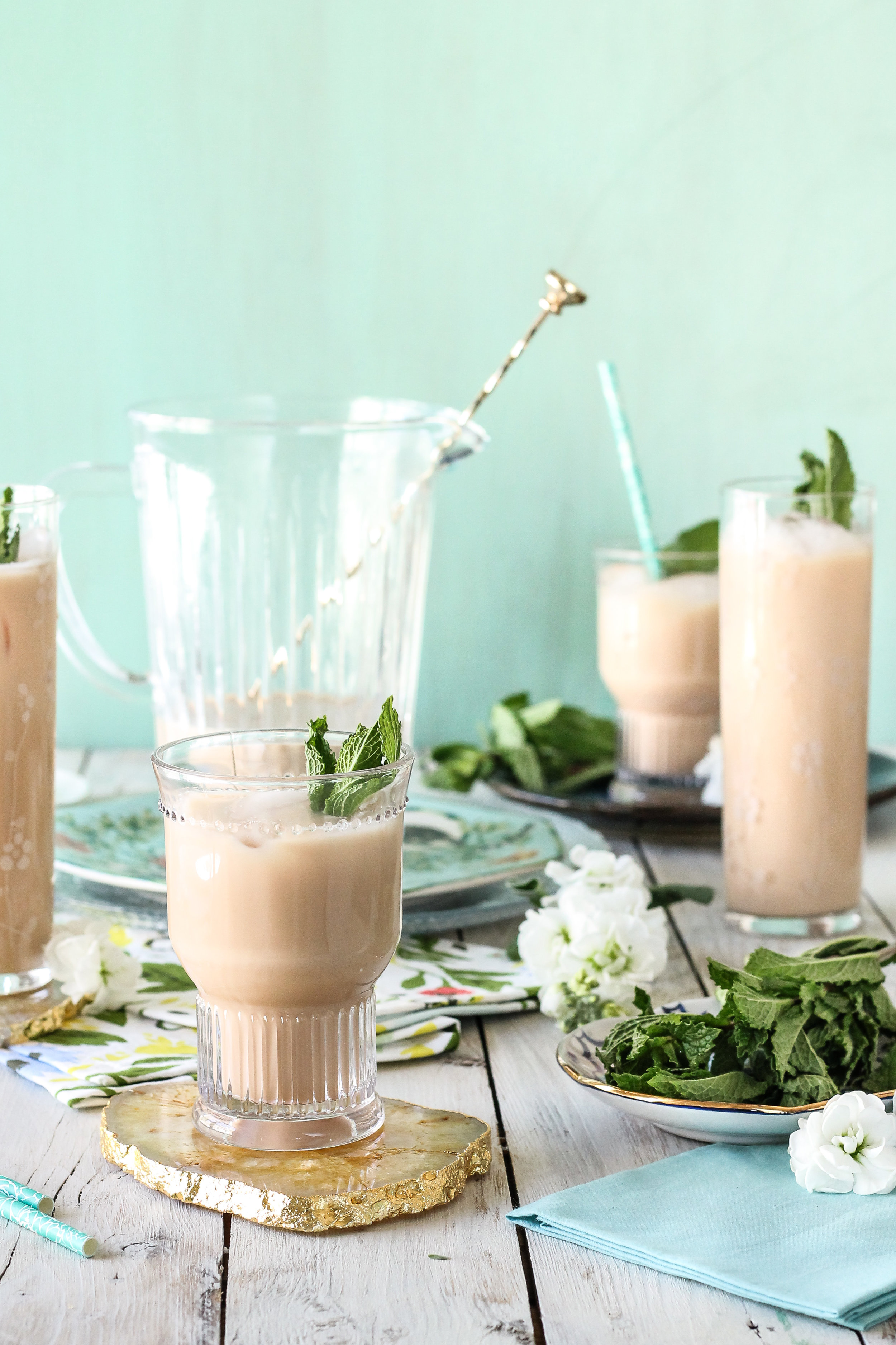 Fresh mint milk tea is the perfect way to refresh!  A light, herbaceous alternative to iced coffee!  [ www.pedanticfoodie.com ]