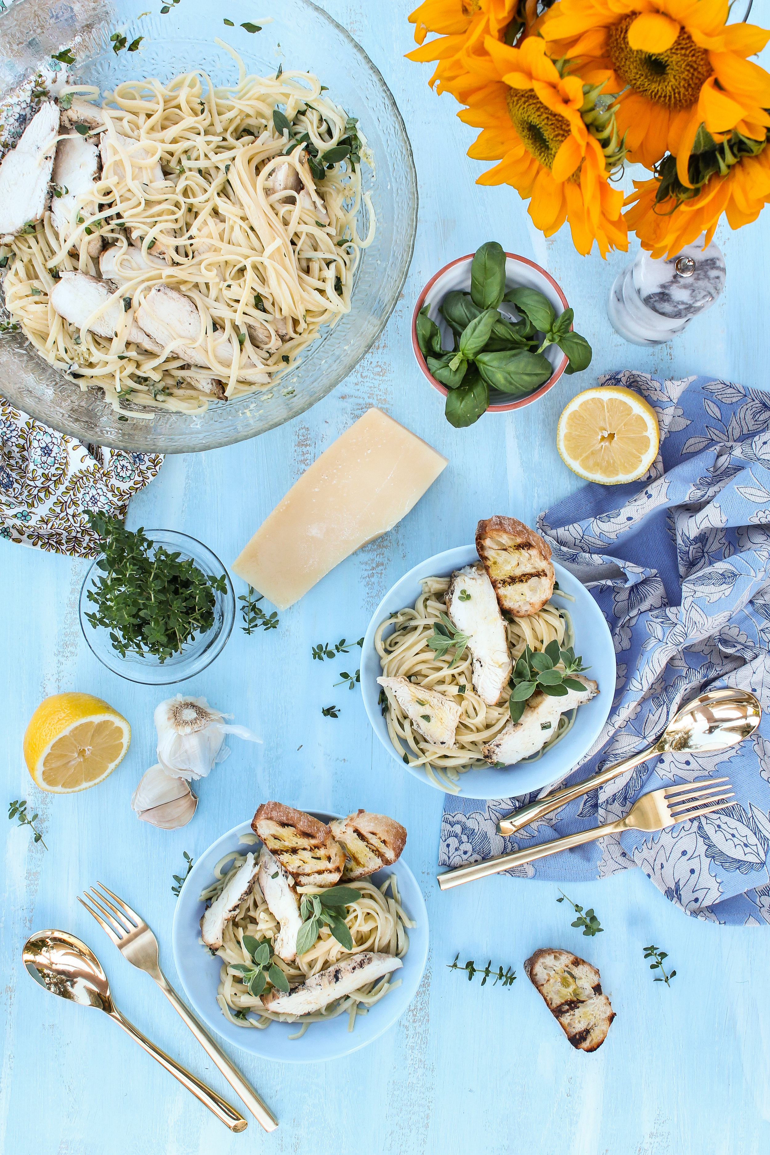 This Herb Garden Linguine with Grilled Chicken is fast and simple, and the perfect way to use up your fresh herbs!  Find the recipe on www.pedanticfoodie.com!