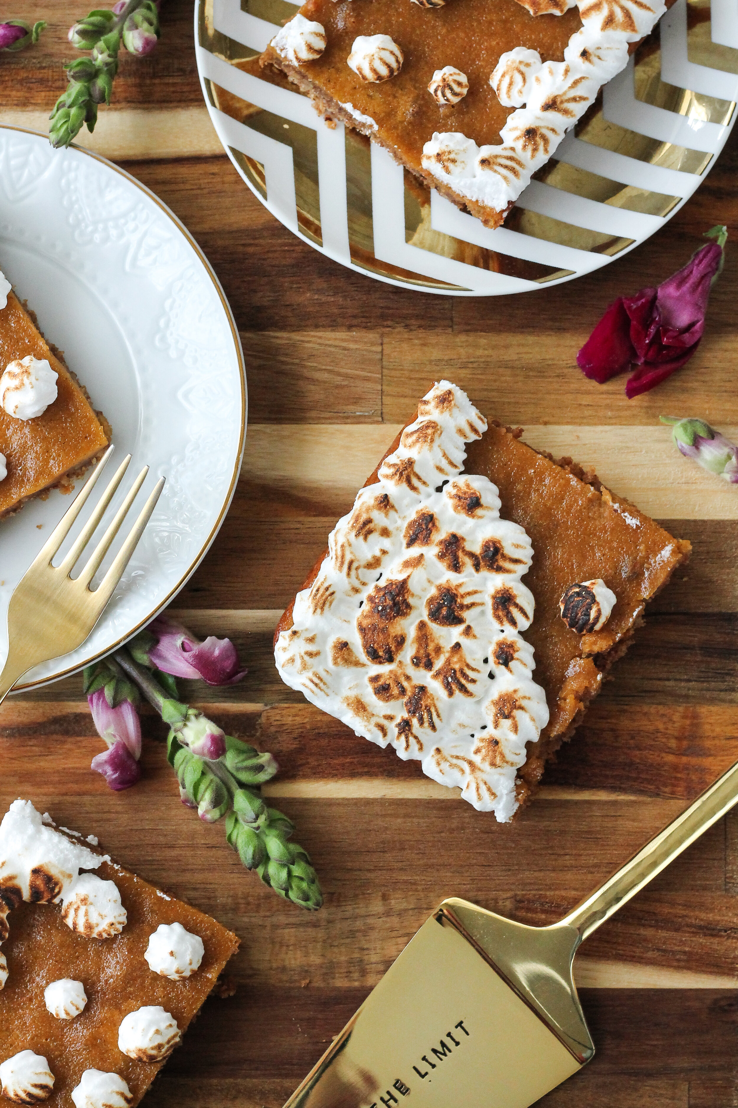 This Bourbon Sweet Potato Slab Pie features an irresistible, Gluten-Free Pretzel Pecan Crust and is the perfect treat for a crowd!  Find this recipe and so many more on www.pedanticfoodie.com!