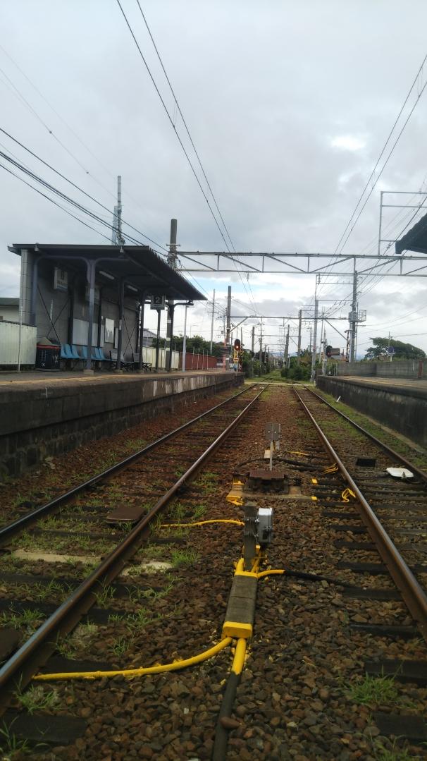 こちらも和歌山 8月半ばの加太に近い無人の駅 何処へも向かわない夏