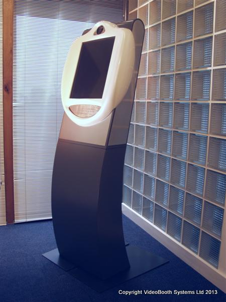 Freestanding VideoKiosk - white.JPG