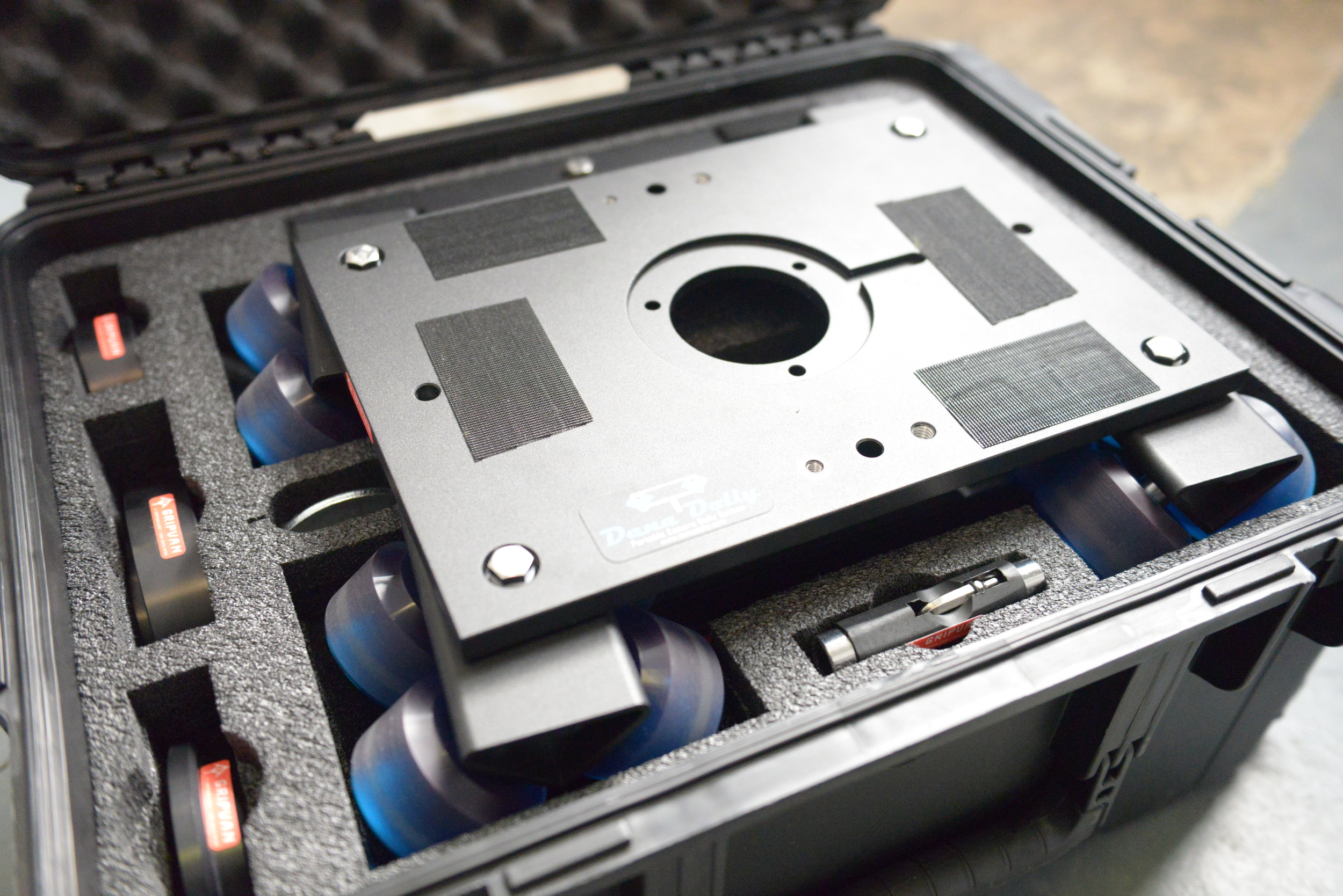 Neatly packaged in its own dedicated case, the Dana Dolly is perfect for travelling film makers.