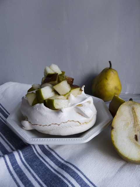maple pavolva with winter pears and spices