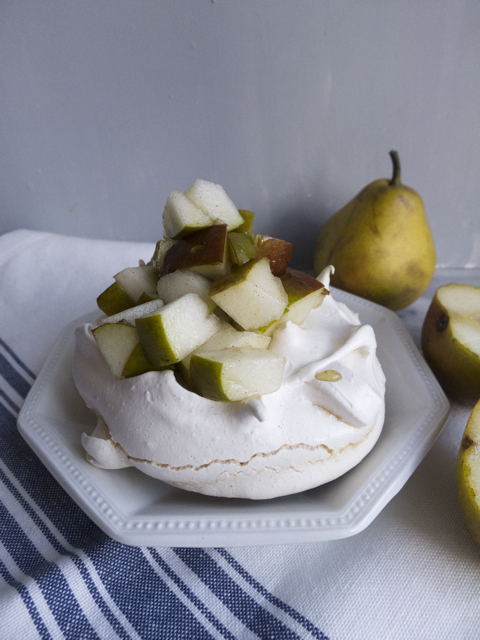 winter maple pavlova with spiced pears