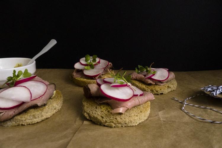spring_radish_roast_beef_appetizer.jpg