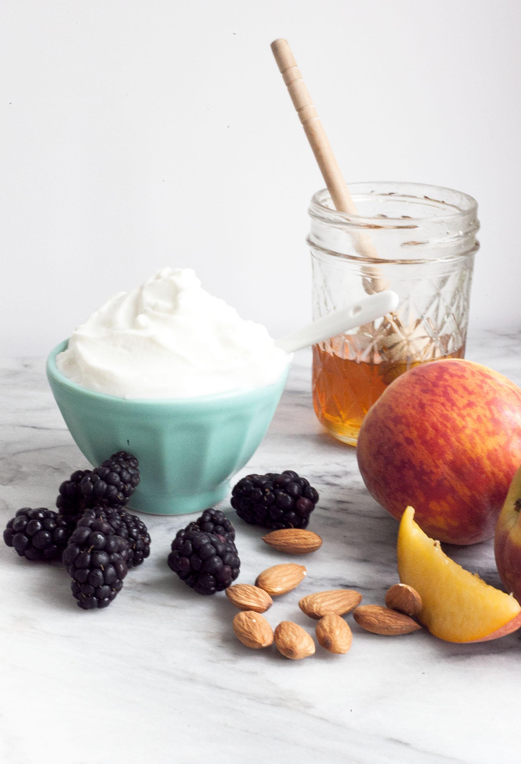5 Best Greek Yogurt Toppings