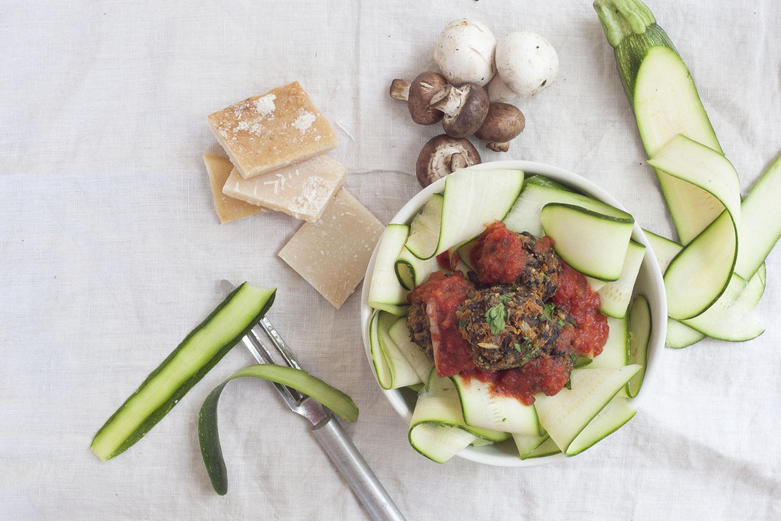 Healthy Hostess: Vegetarian Mushroom Meatballs