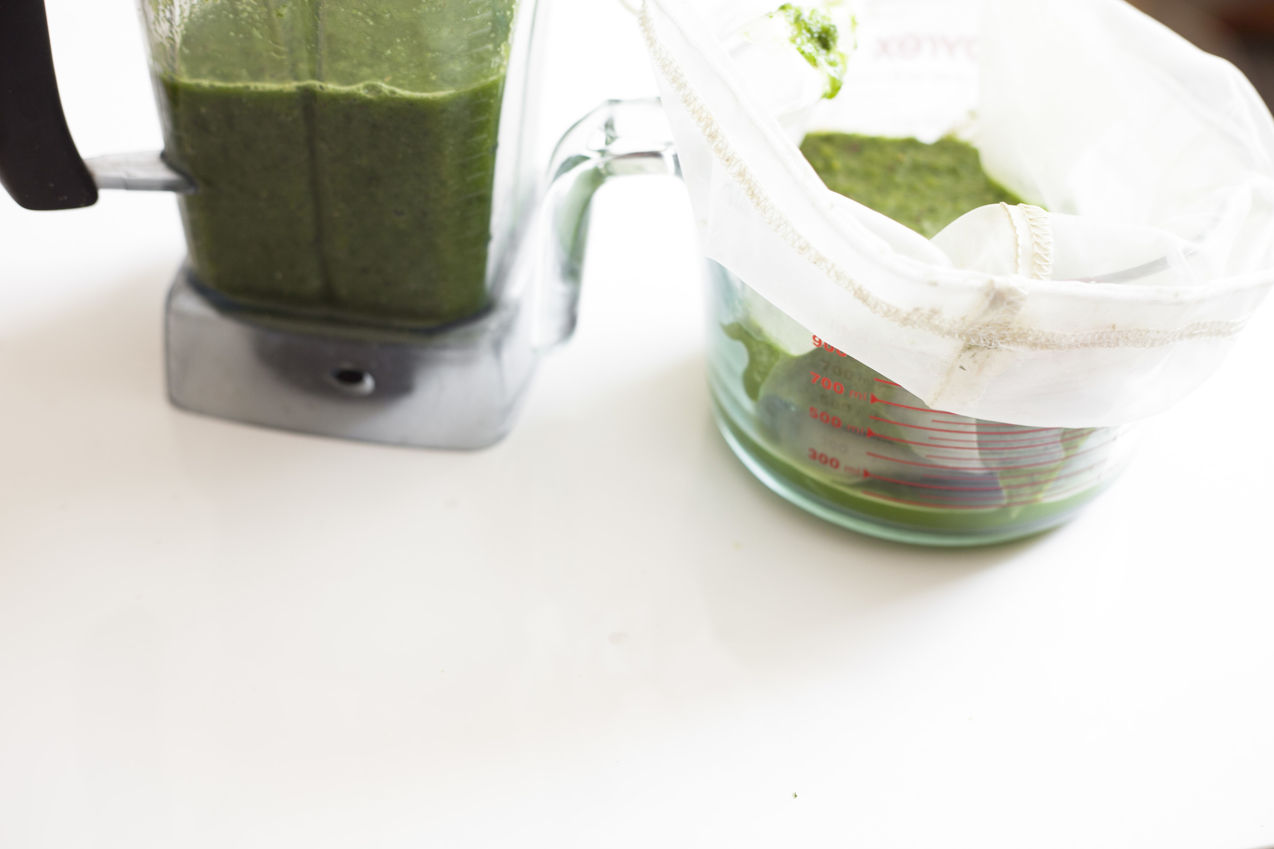 How To Make Green Juice In A Blender Without A Juicer