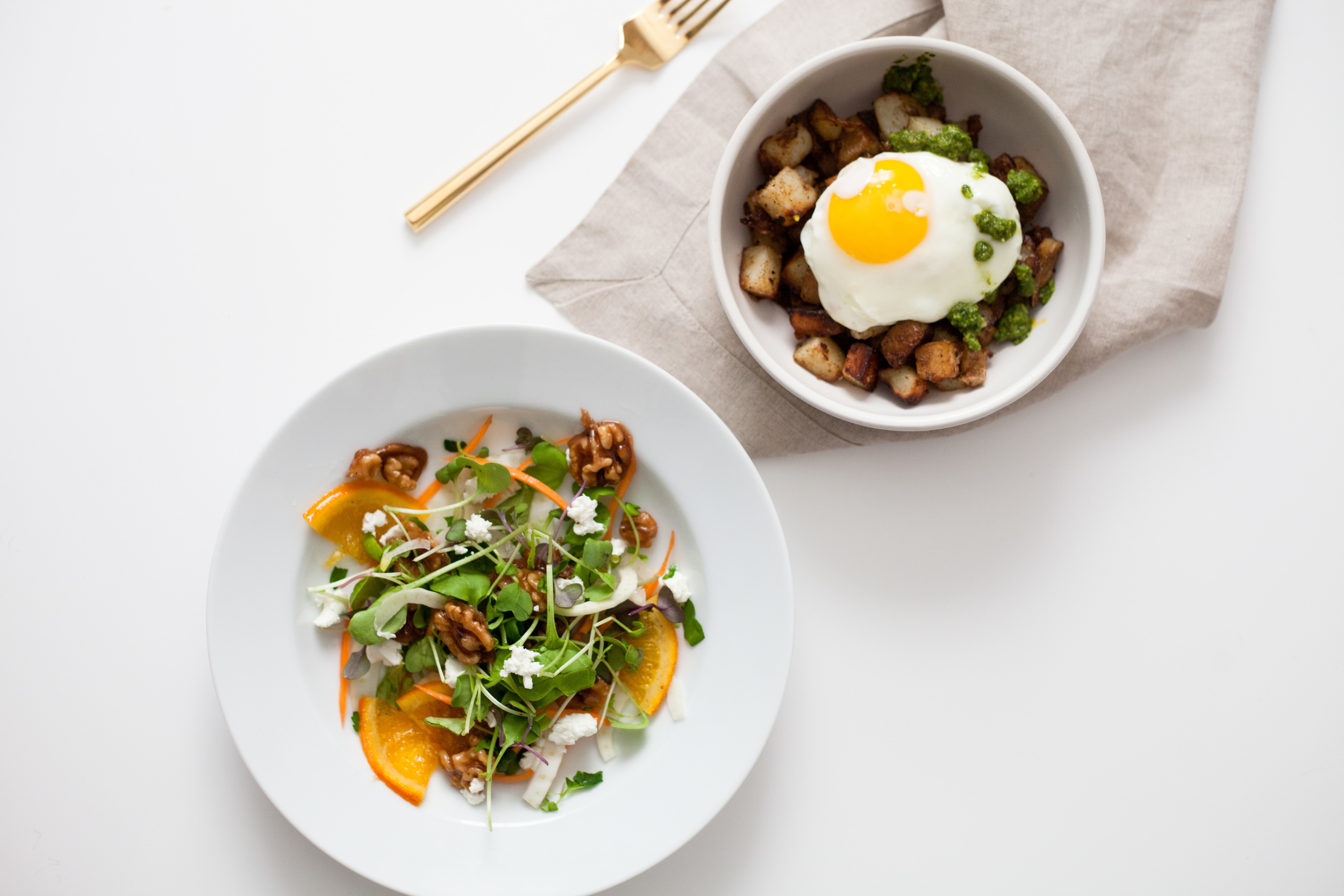 2 healthy spring brunch recipes: potato pesto walnut hash with an egg and fennel salad with walnut coffee brittle